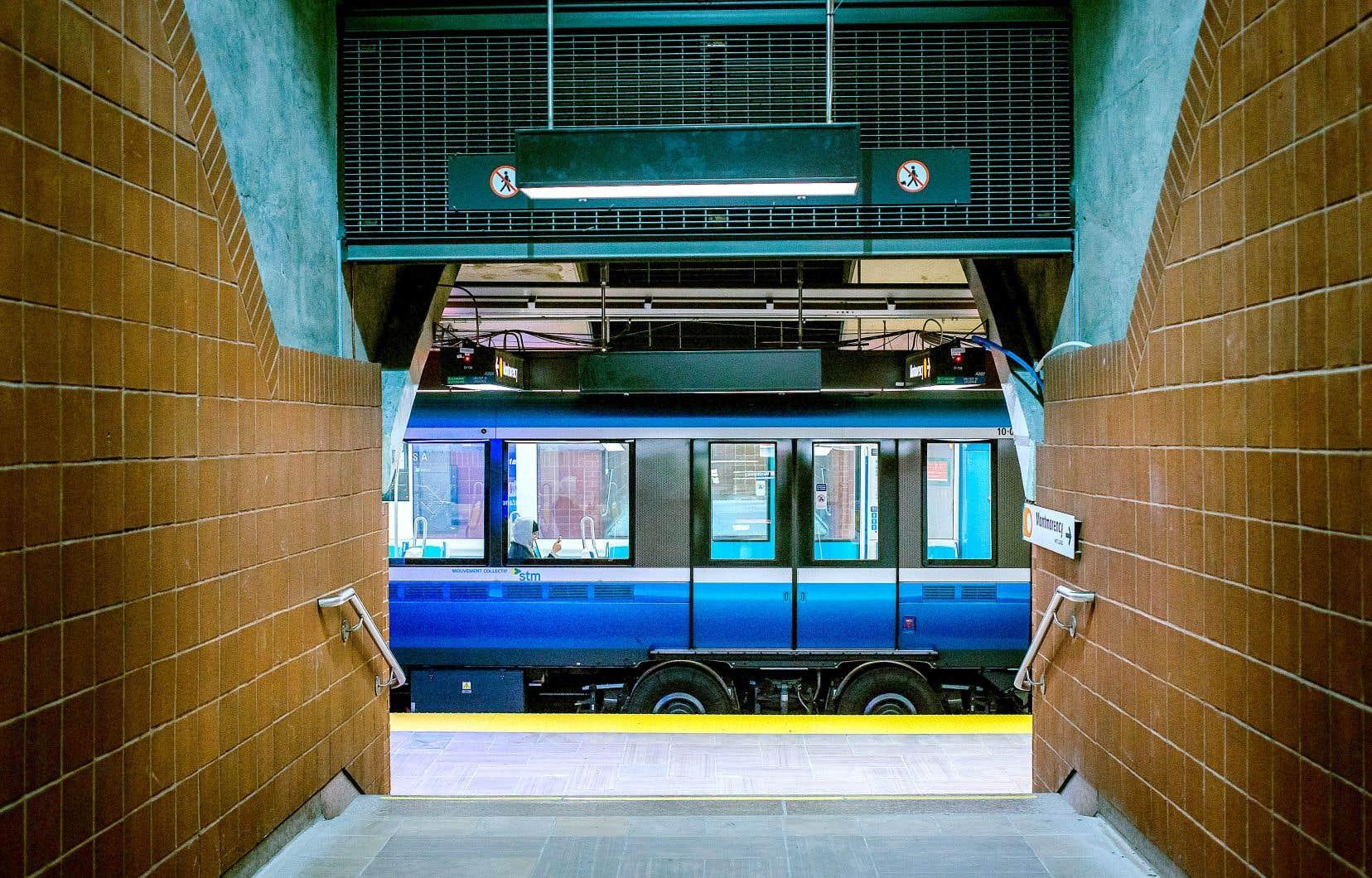 La Société de transport de Montréal (STM) n'a pas encore pris de décision et poursuit l'analyse de l'offre de service qui sera mise en place.