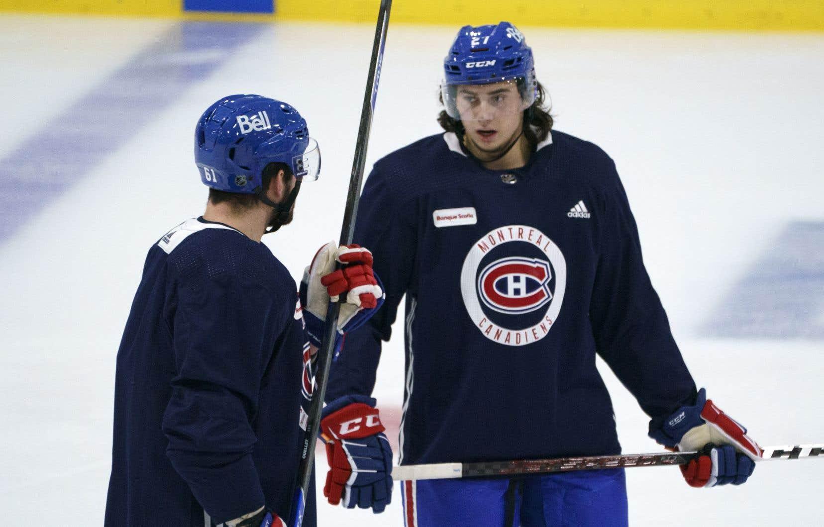 Romanov a semblé à son aise sur la patinoire dimanche soir. Il a bien dirigé son unité d'avantage numérique, décochant de bons tirs vers le filet de Jake Allen.