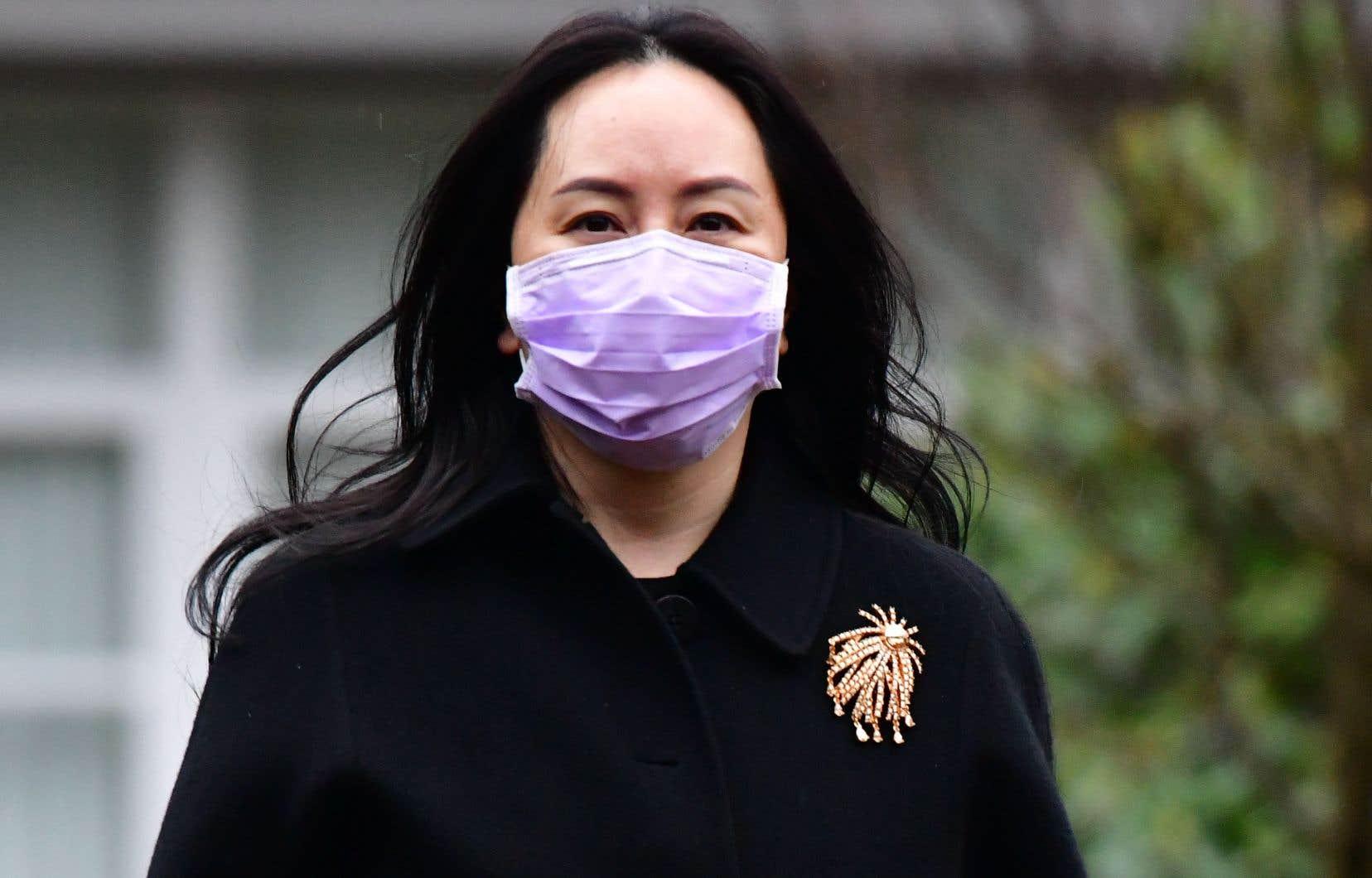 La justice américaine accuse Meng Wanzhou d'avoir menti quant aux liens de Huawei avec l'Iran, en violation de l'embargo américain contre ce pays.