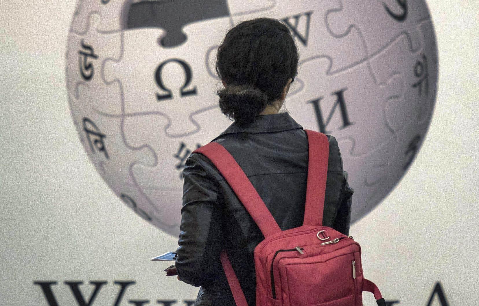Le tout premier réseau de l'encyclopédie, en anglais, celui né le 15janvier 2001, compte maintenant plus de 6,2millions d'articles.