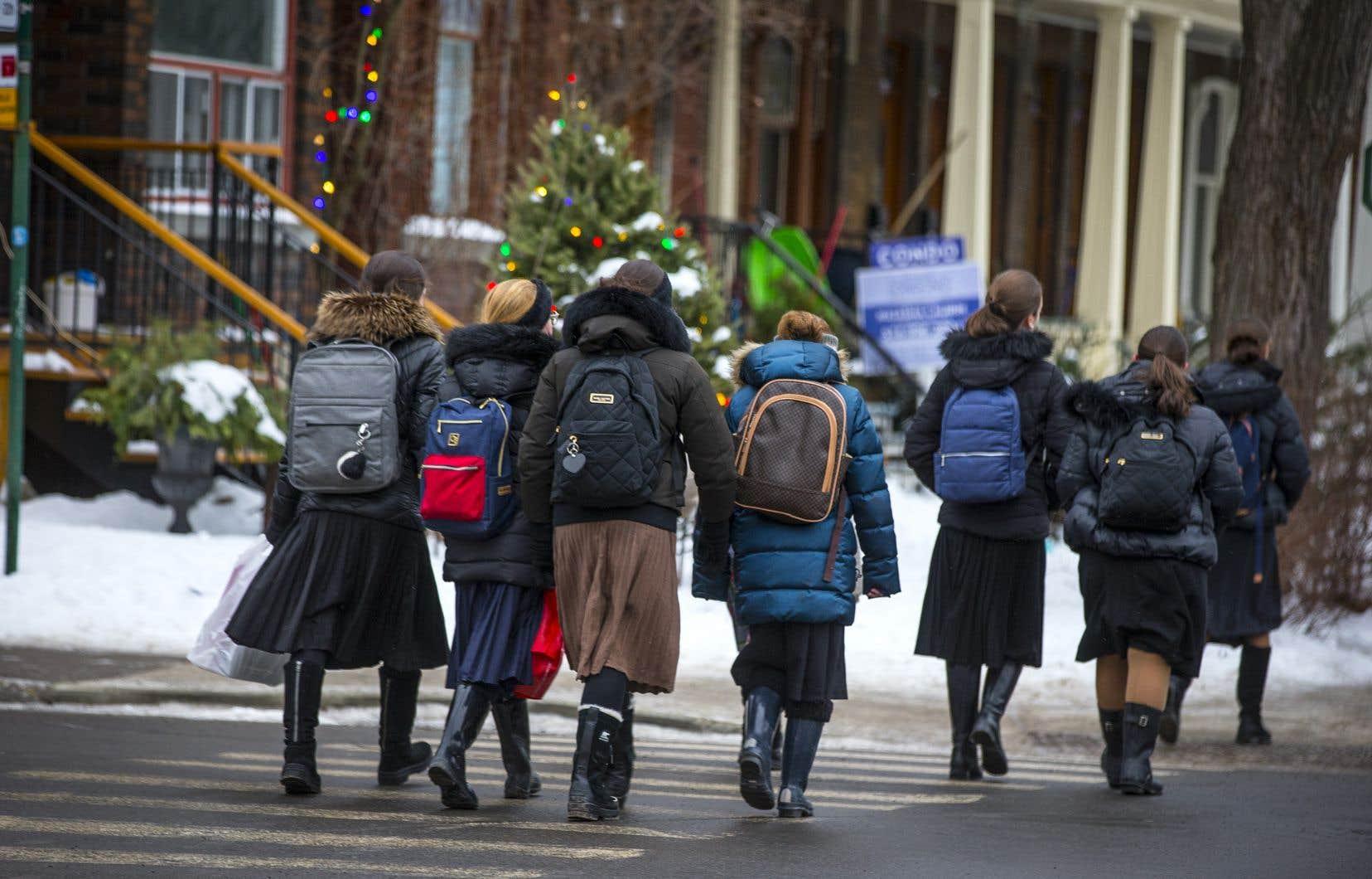 Retour en classe des élèves du primaire le 11 janvier 2021 en temps de COVID-19.