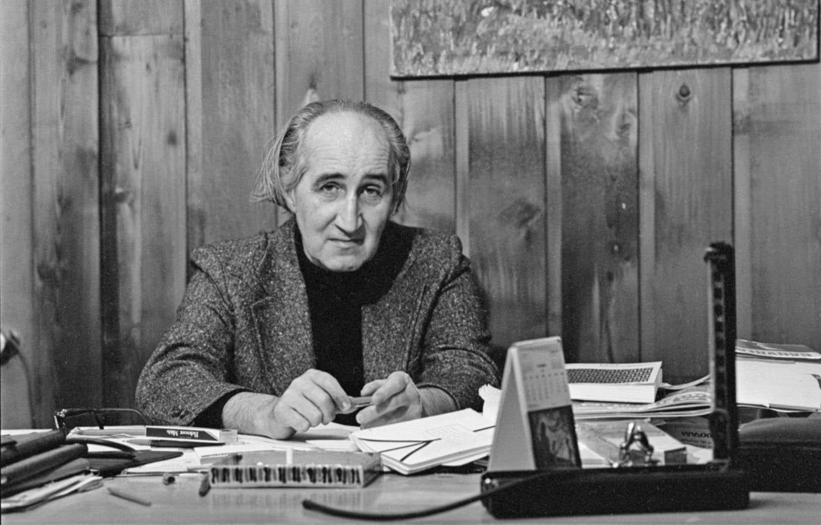 Jacques Ferron, ici photographié en 1977, se distingue par des écrits riches de paradoxes.<br /> <br />