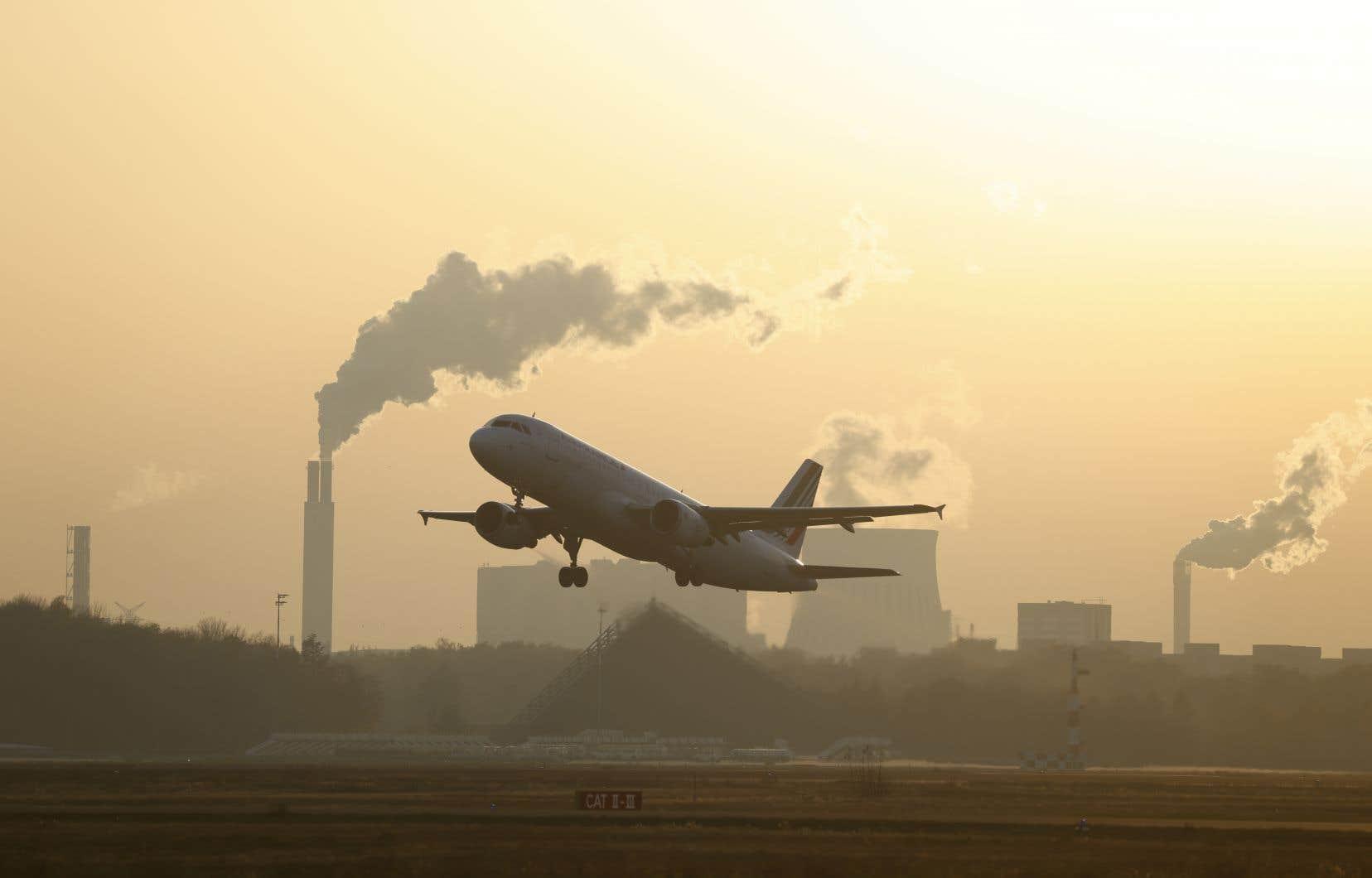 Le projet de loi intégrant la protection de l'environnement dans la Constitution a été adopté mercredi en Conseil des ministres en France.