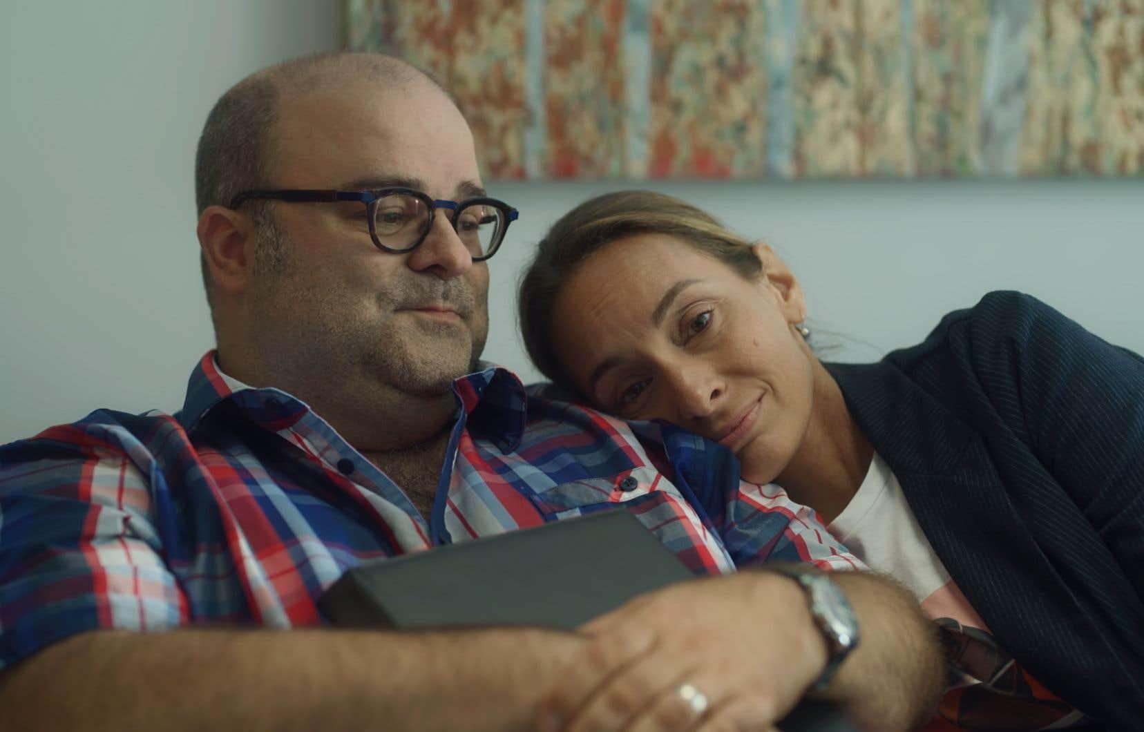 Le duo forme un couple de longue date, épanoui, toujours amoureux, heureux et qui ne se fait pas de cachotteries.