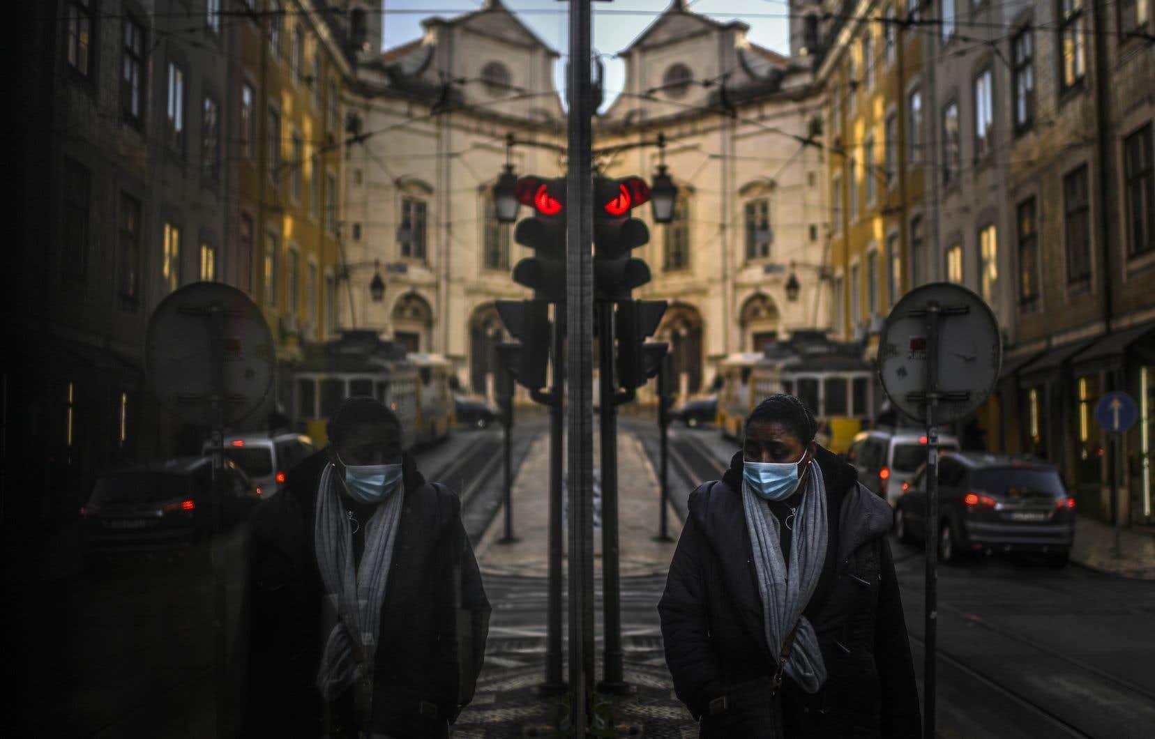 Le Portugal se retrouve au premier rang mondial des nouvelles contagions par rapport à sa population.