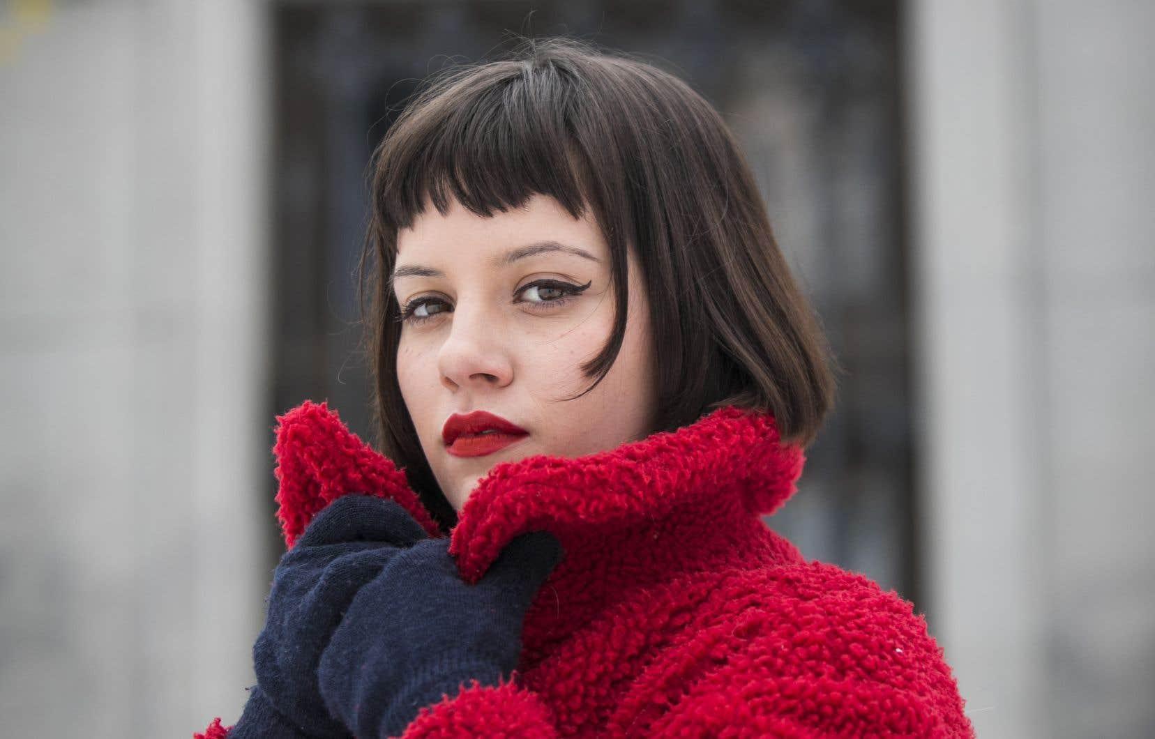 Rachel Leblanc aime, entre autres choses, Françoise Hardy, Sonic Youth et le cinéma, ayant étudié ce dernier à l'université.