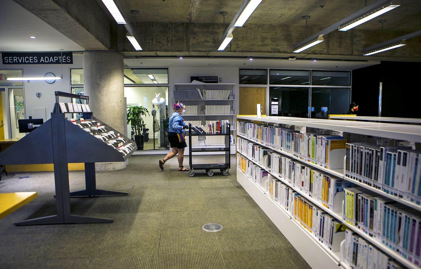 «Une écrasante majorité de bibliothécaires (87%) sur les 263 ayant répondu au questionnaire se dit préoccupée par les