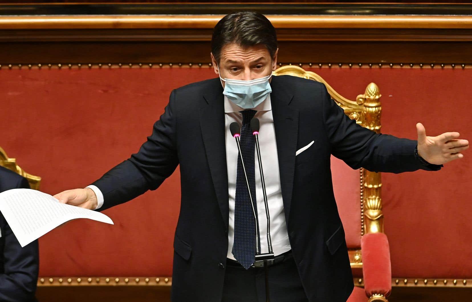 Le premier ministre Giuseppe Conte a présenté mardi sa démission, faute de majorité au parlement.