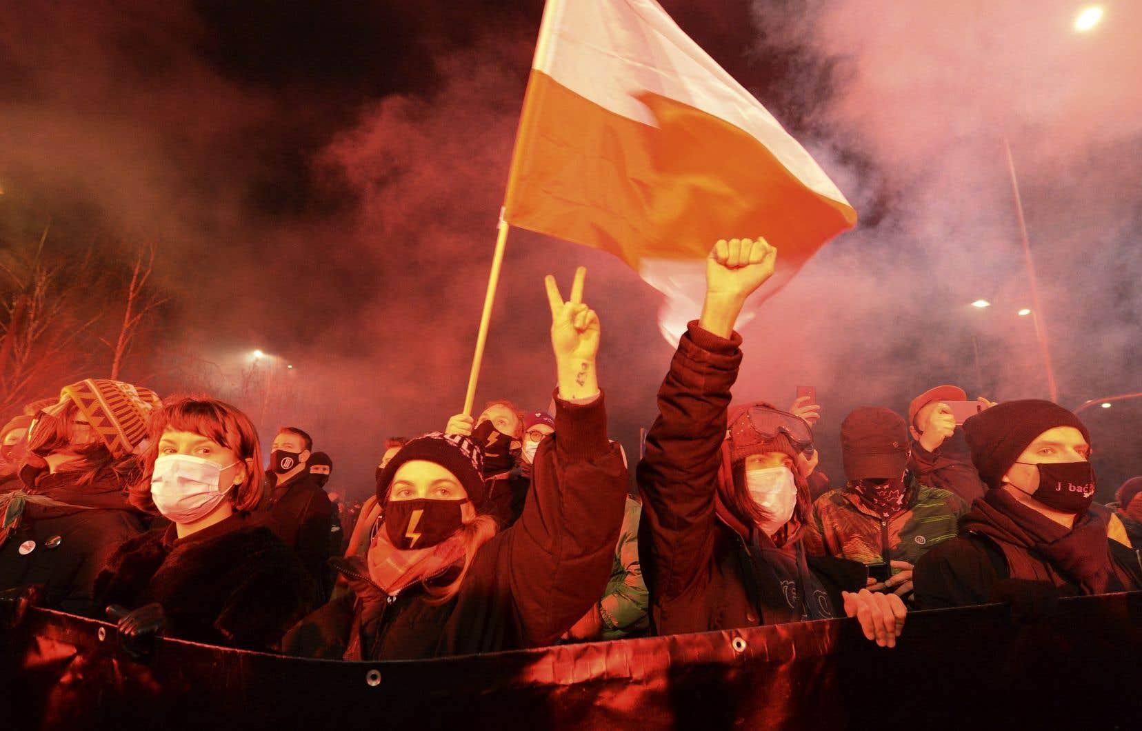 Il s'agit d'un coup de massue pour les défenseurs du droit à l'IVG en Pologne, déjà l'un des plus restrictifs en Europe.