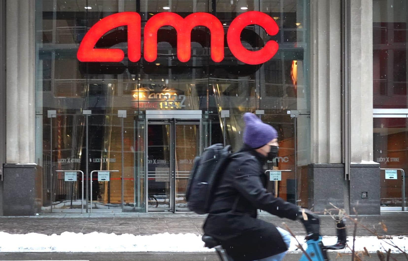 Le titre de la chaîne de salles de cinéma AMC Entertainment fait partie de ceux ciblés dans les restrictions imposées par la plateforme Robinhood, en raison de leur «volatilité récente».