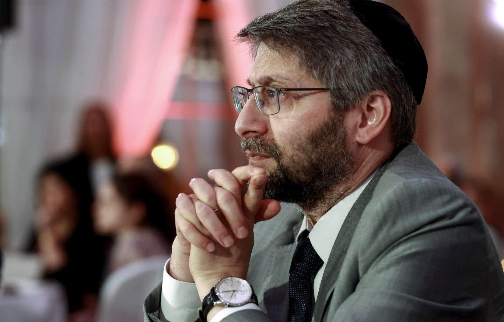 Le grand rabbin de France, Haïm Korsia, a dit craindre que le projet de loi de Macron ait des «effets collatéraux sur les autres religions, d'autant qu'il y a des cultes qui ont été exemplaires depuis toujours avec la République».