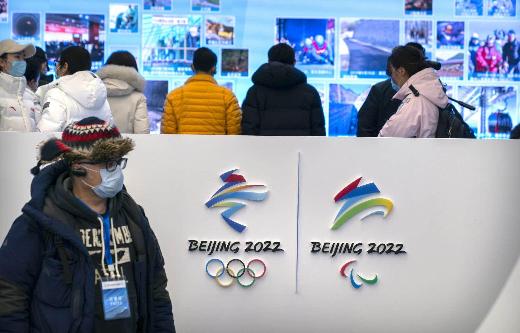 Les Jeux olympiques de Pékin glorifient, selon les signataires,un régime qui commet les pires crimes contre l'humanité envers sa propre population».