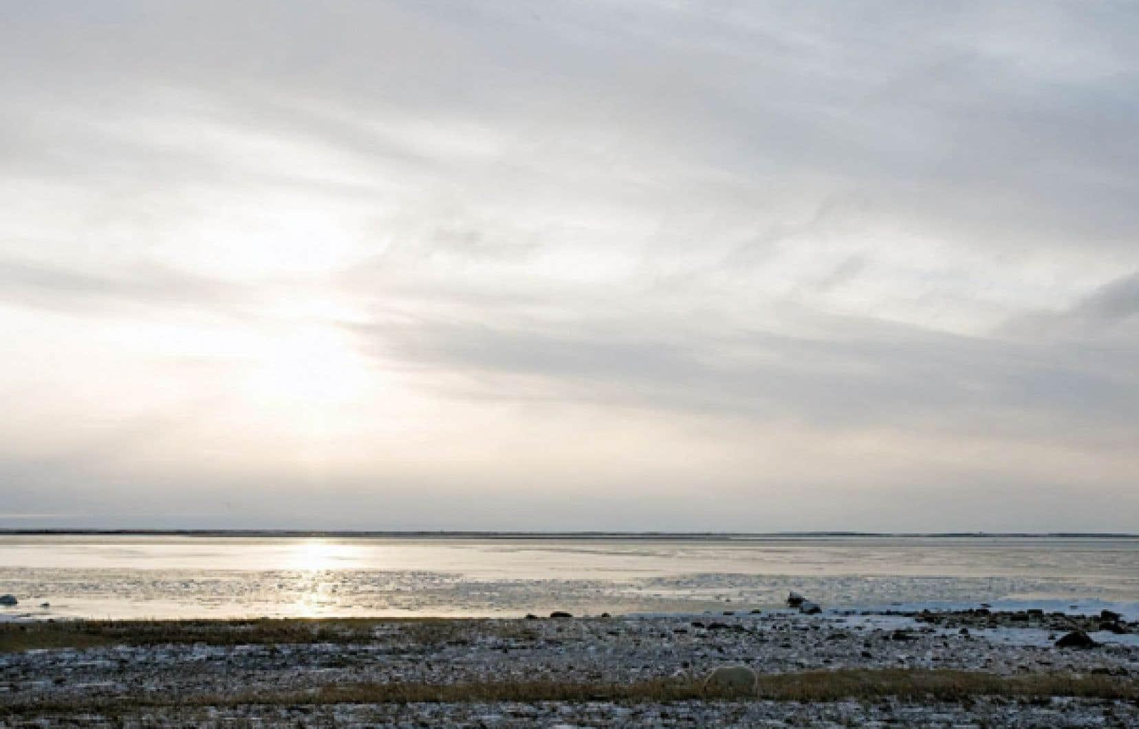 Selon le g&eacute;ographe Henri Dorion, de la baie James &agrave; la baie d&rsquo;Ungava, &laquo;&agrave; mar&eacute;e haute, on est au Qu&eacute;bec. Et &agrave; mar&eacute;e basse, on en sort!&raquo;<br />