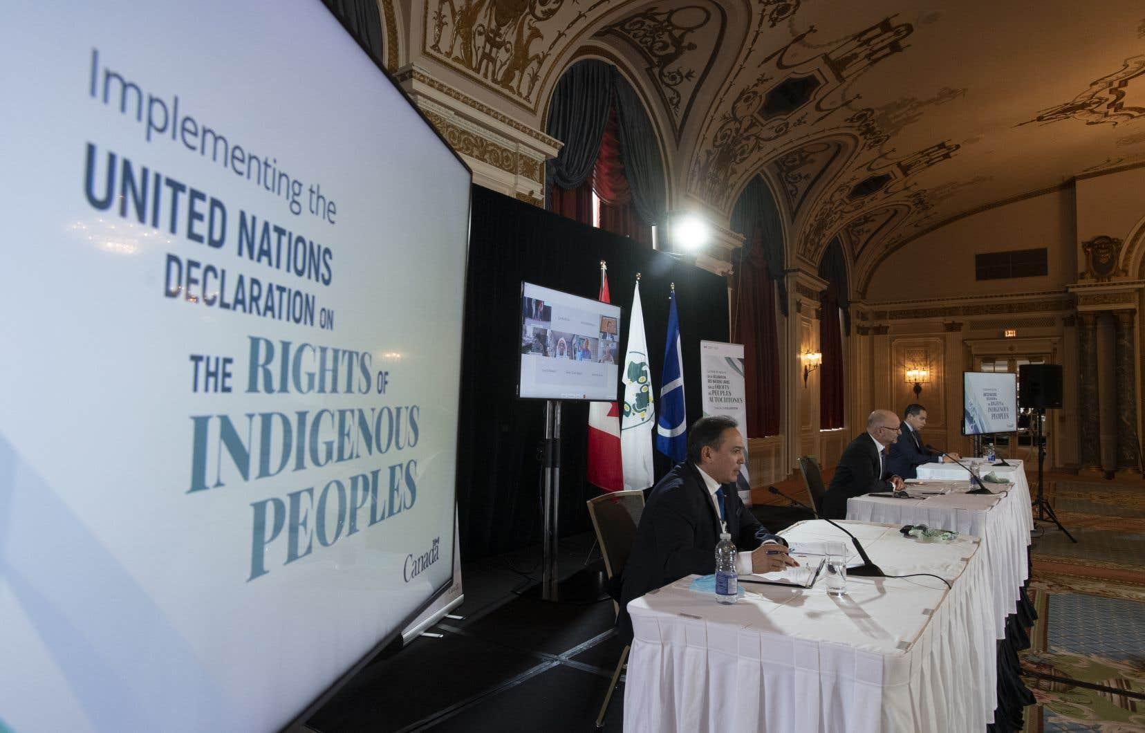 «Contrairement à ce qu'on a pu entendre dans le discours gouvernemental pendant l'automne 2020, ce sont les politiques publiques qui doivent respecter la DNUDPA et non l'inverse», estiment les autrices.