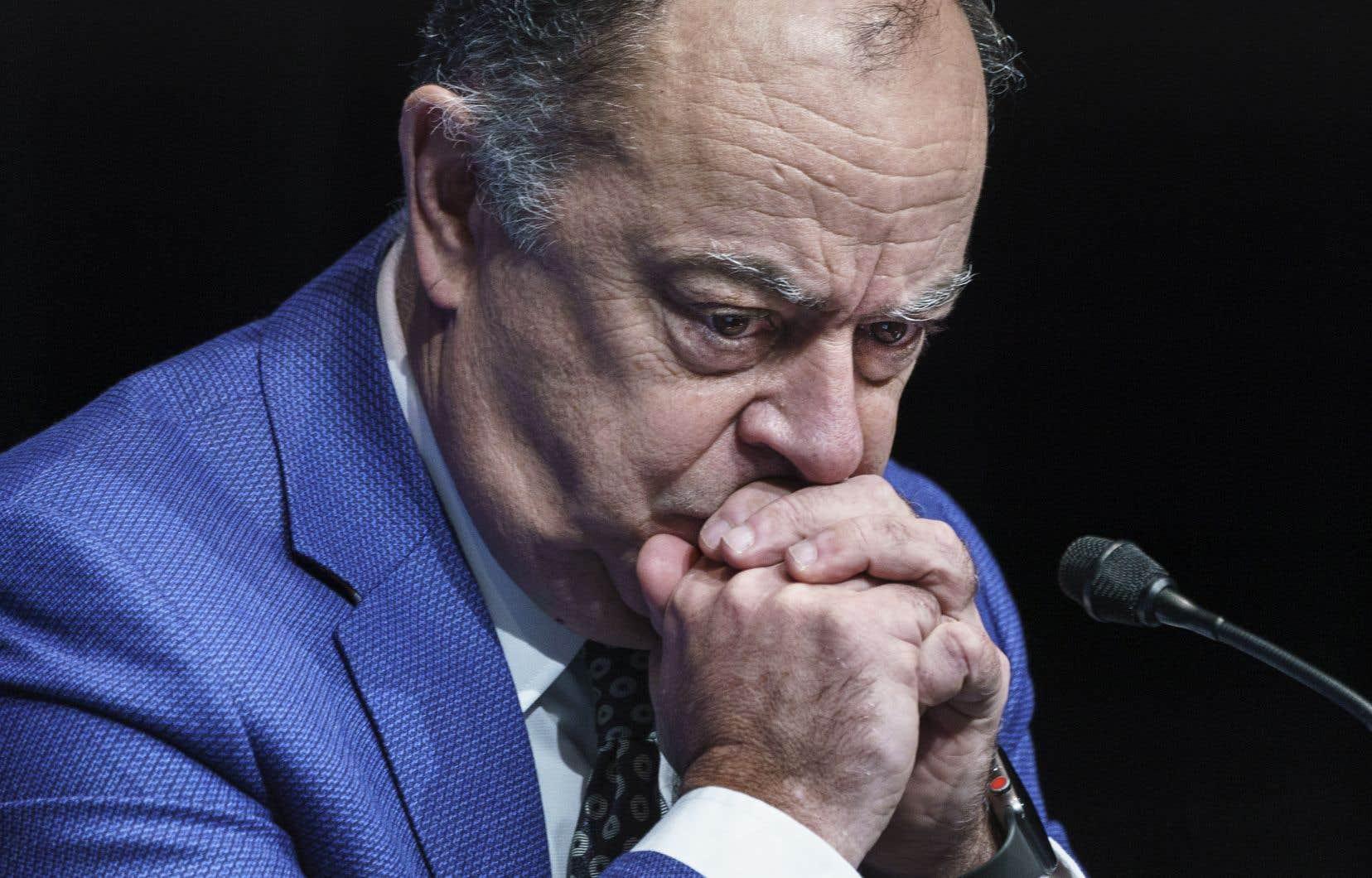 <p>«J'ai toujours confiance en Daniel Paré», s'est contenté de répondre le ministre Dubé au <em>Devoir</em>, alors qu'il se rendait au Salon bleu pour répondre aux questions des partis d'opposition sur sa gestion de la pandémie.</p>