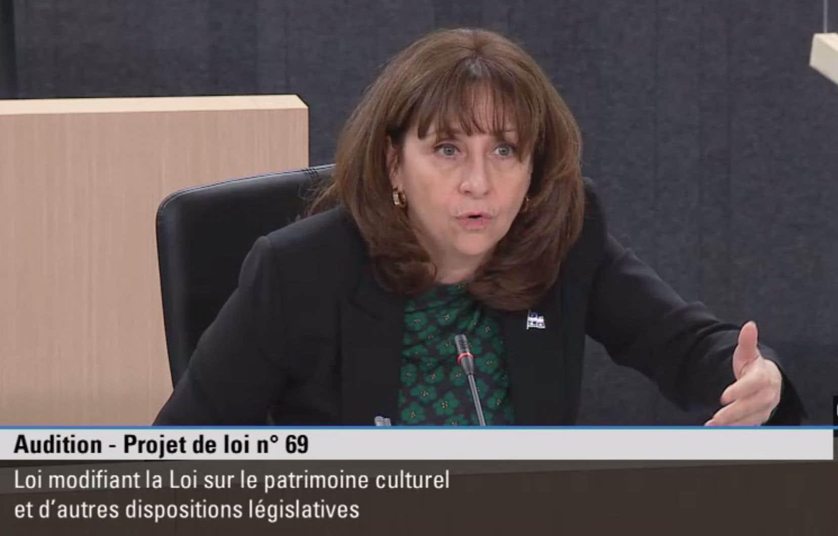 Nathalie Roy, ministre de la Culture et des Communications, lors des auditions sur le projet de loi 69 visant à modifier la Loi sur le patrimoine culturel.