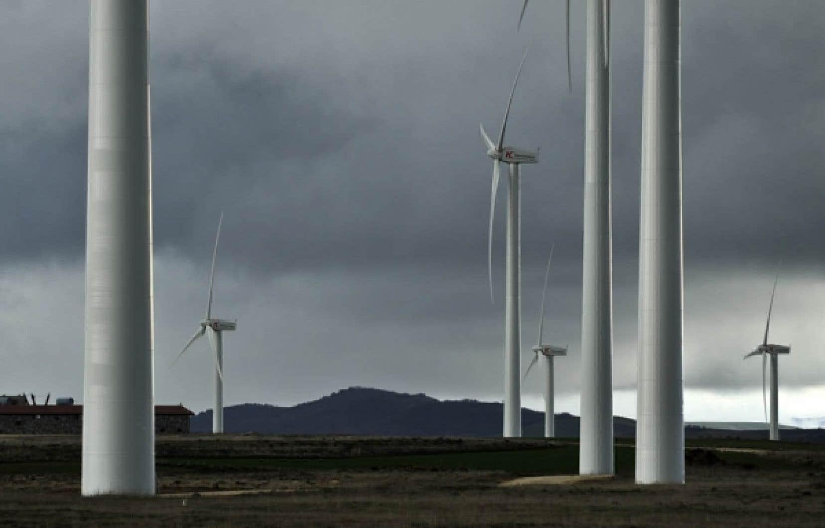 L'Espagne a battu, fin mars, un record de production d'énergie éolienne, en fournissant pendant une période de grands vents plus de 40% de l'électricité consommée par le pays.<br />