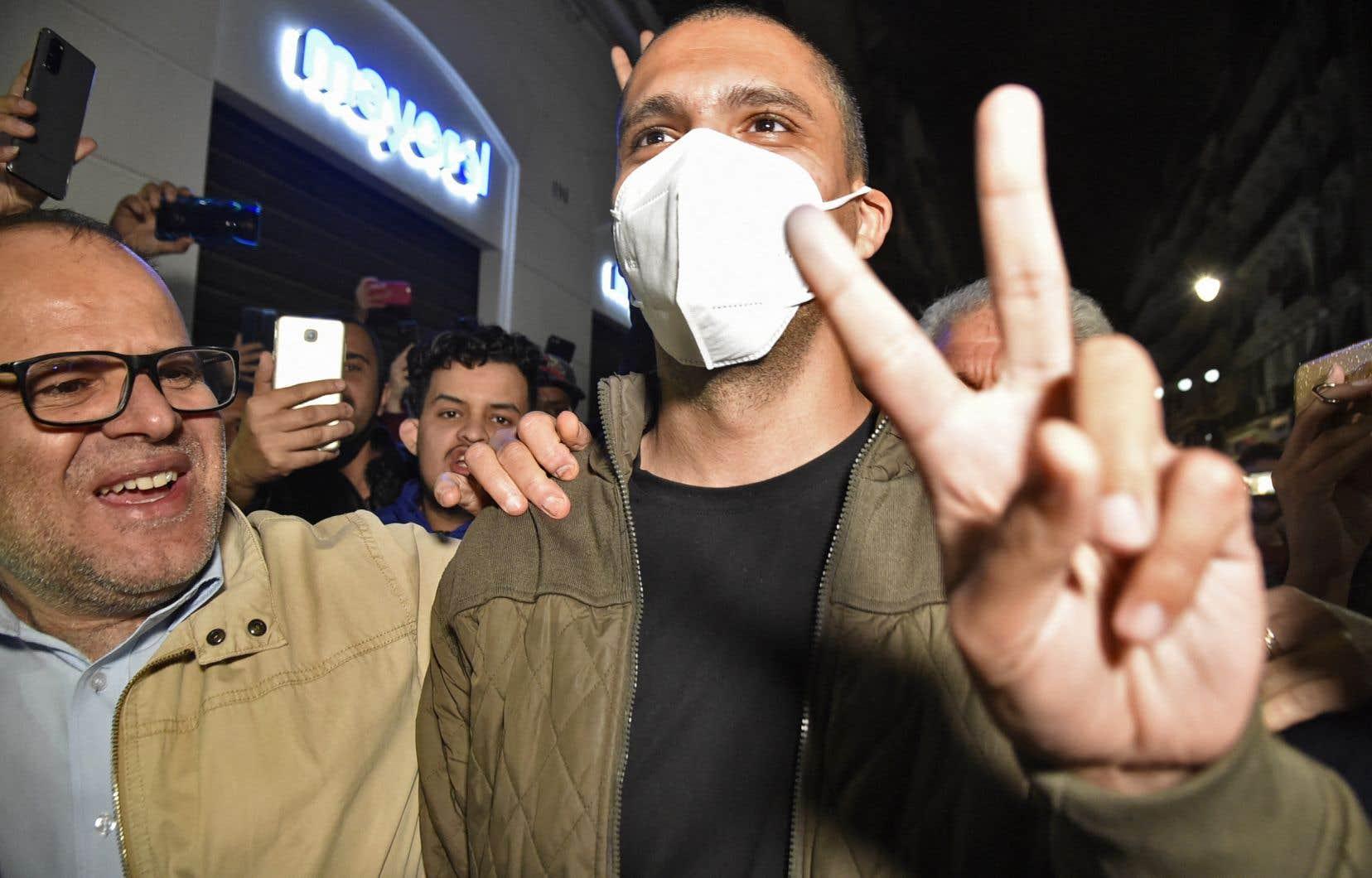 Plus de 30 détenus d'opinion en Algérie, dont le journaliste et militant Khaled Drareni, ont été libérés vendredi à la faveur d'une grâce présidentielle.