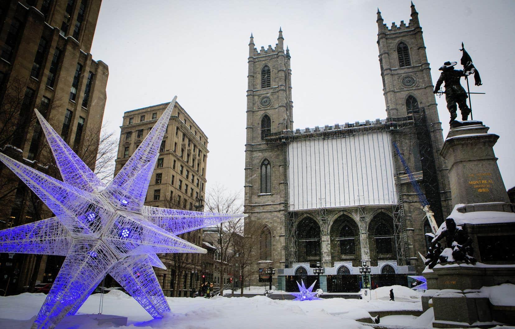 Dans une lettre adressée à ses employés, la Fabrique de la paroisse Notre-Dame de Montréal fait état de déficits importants et insiste sur la nécessité de mettre en place un plan de redressement.