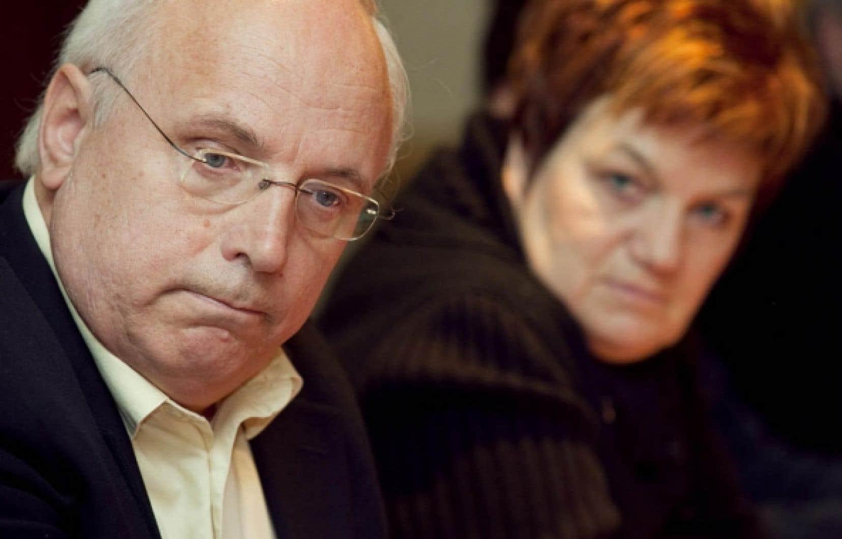 FRANCOIS PESANT le devoir Dans le dossier de la cyberintimidation, «Québec a la responsabilité d'assurer un certain soutien», a dit hier le président de la CSQ, Réjean Parent.