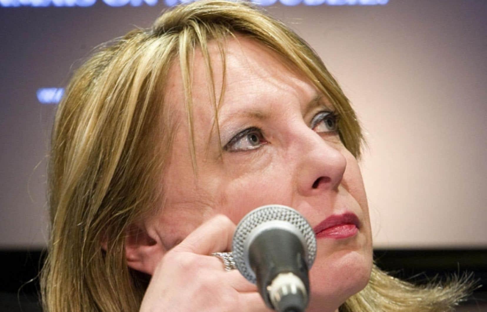 La ministre de la Culture, des Communications et de la Condition féminine, Christine St-Pierre, n'a aucune intention d'accorder son aide à la FFQ, a-t-elle confirmé au Devoir.