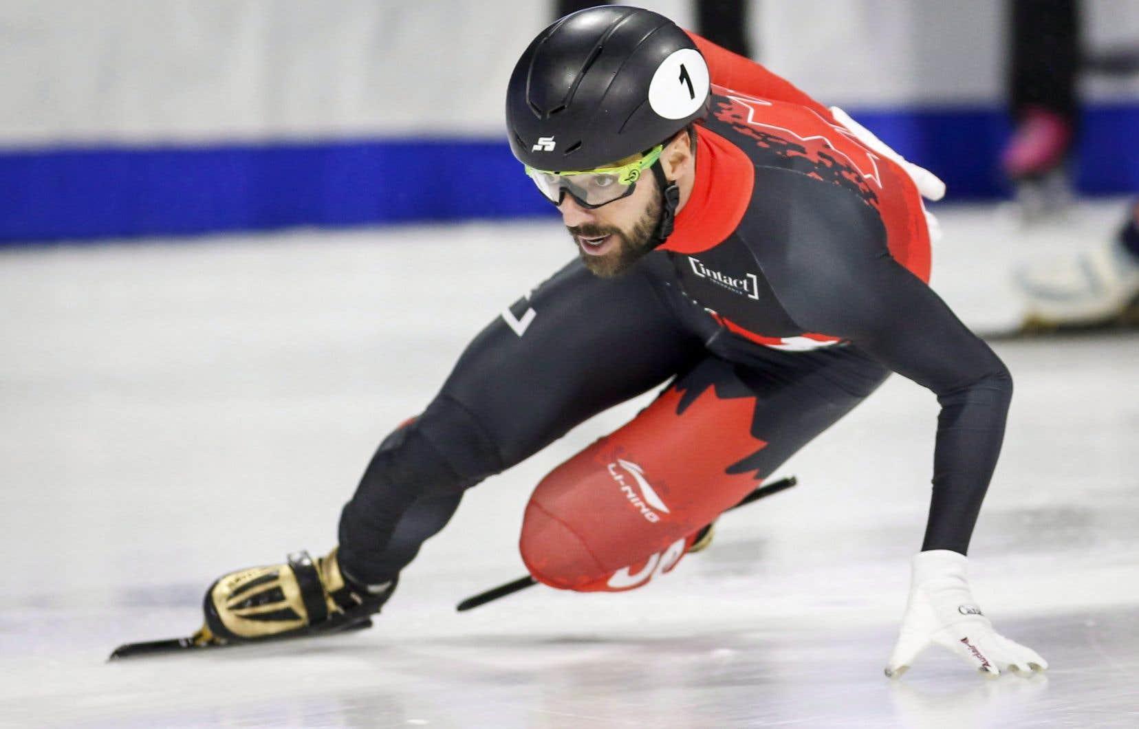Hamelin, champion du monde 2018, est monté sur le podium du classement général sept fois aux Mondiaux et il y totalise 36 médailles en carrière.