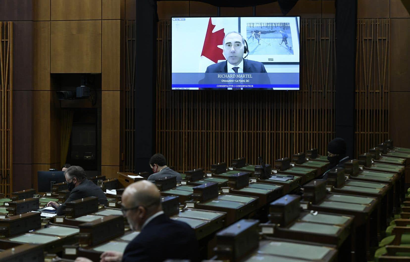 Les mesures mises en place au Parlement en raison de la pandémie entraînent des économies pour le fédéral.