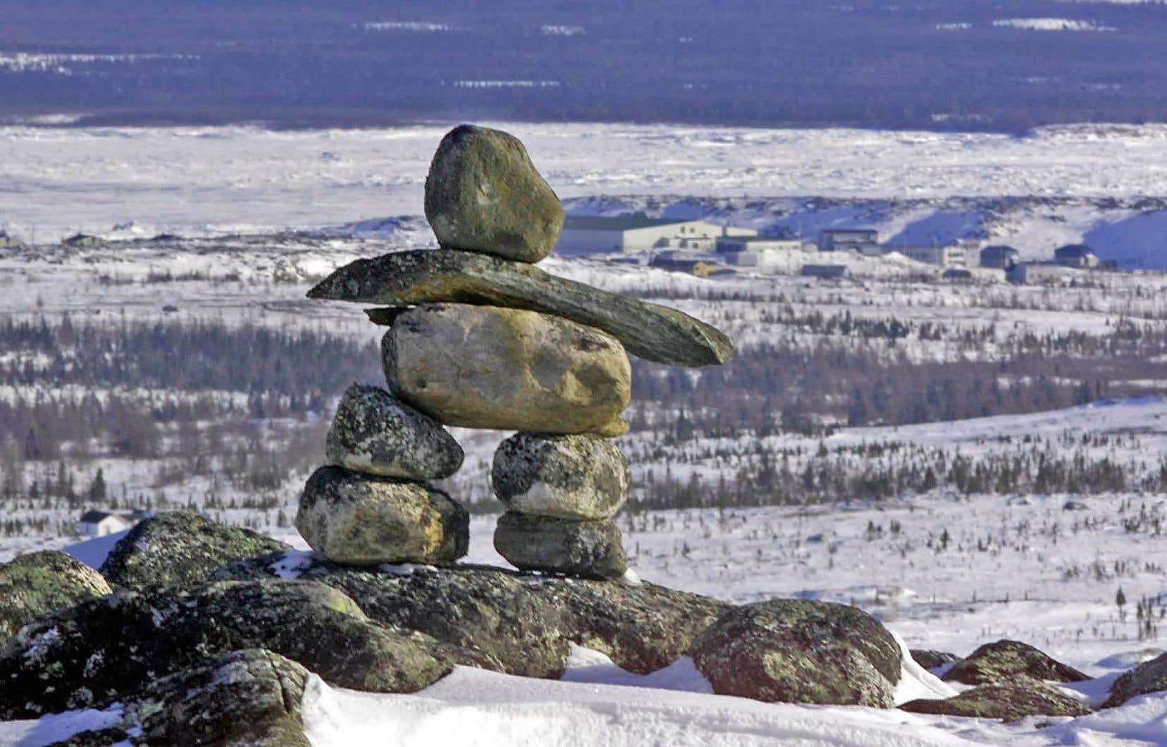 «La violence conjugale, c'est un enjeu majeur au Nunavik. C'est difficile d'en parler publiquement, puisque c'est encore un sujet tabou. Ni les victimes ni les agresseurs ne veulent en discuter ouvertement», laisse tomber Anita Gordon, à la tête du programme de bien-être au Centre de santé Tulattavik de l'Ungava.