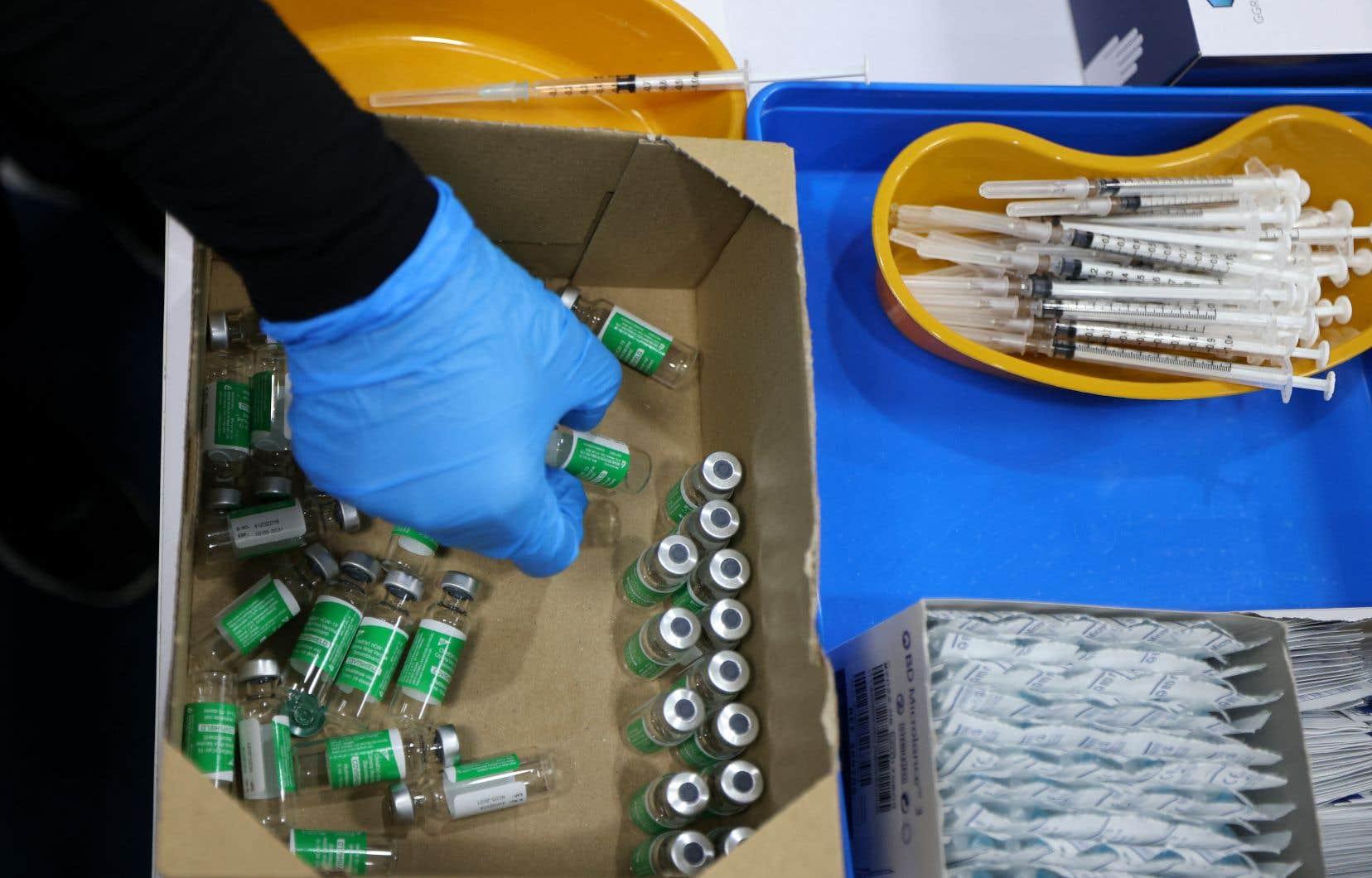 Aller à l'étranger pour recevoir un vaccin contre la COVID-19 soulève également des questions sur la culture implantée par un dirigeant dans son entreprise.