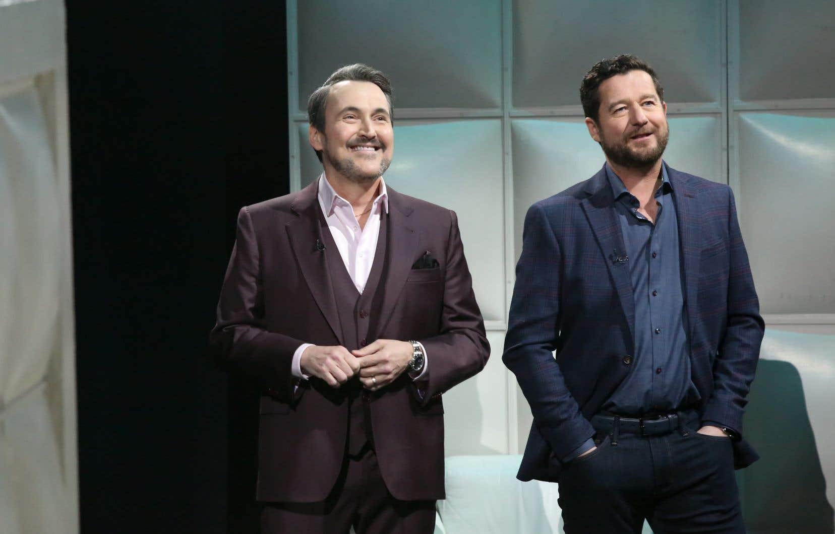 Dany Turcotte (à droite), accompagné de l'animateur Guy A. Lepage