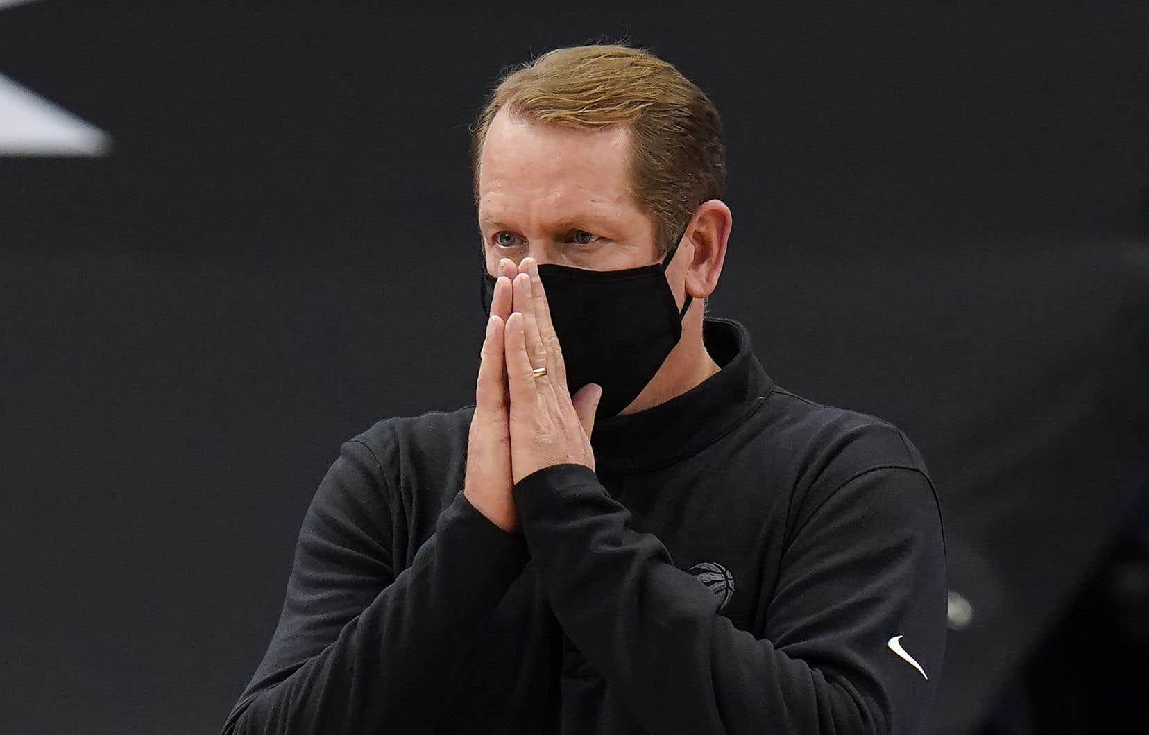 Les Raptors étaient déjà privés de leur entraîneur-chef, Nick Nurse, de cinq membres de leur personnel et de leur joueur étoile Pascal Siakam vendredi soir, contre le Rocket.