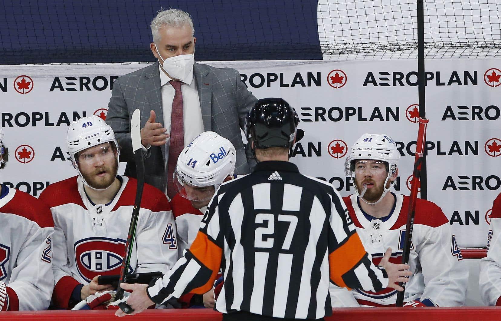 L'entraîneur-chef par intérim du Canadien de Montréal, Dominique Ducharme, durant un match contre les Jets de Winnipeg le 17 février dernier