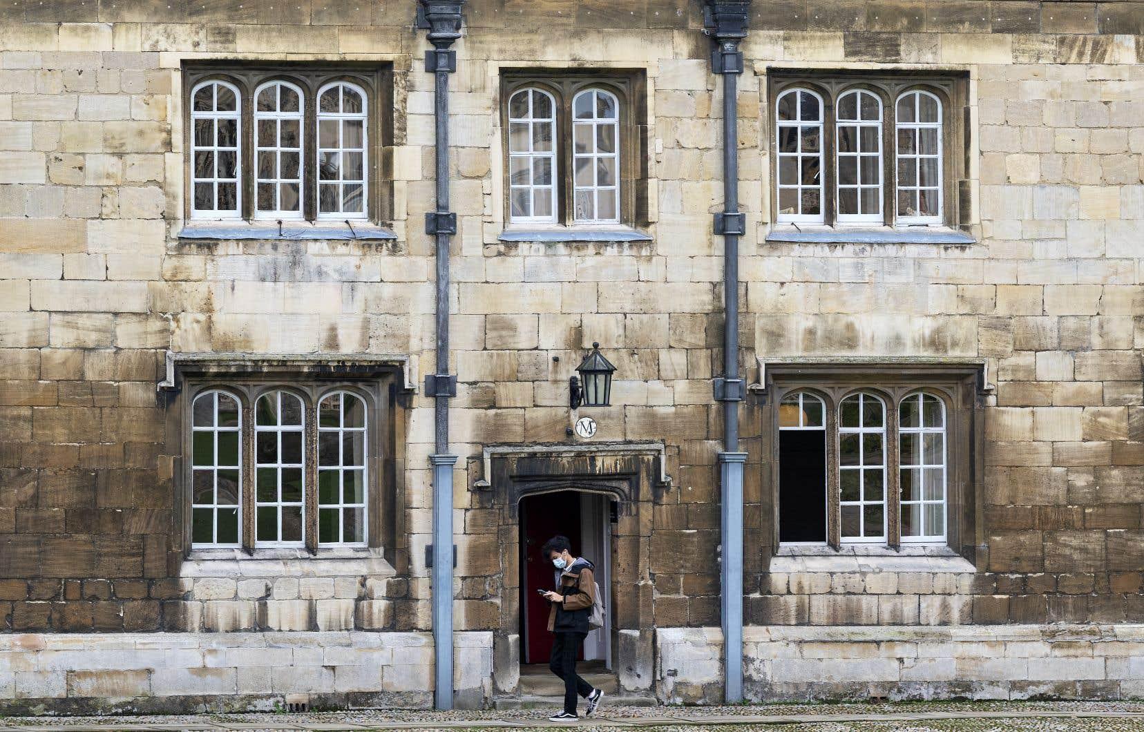 En 2019, l'annulation par l'Université de Cambridge (sur la photo) d'une série de conférences du célèbre et controversé professeur de psychologie canadien Jordan Peterson avait fait grand bruit. Des groupes militants lui reprochaient ses positions sur le féminisme et les personnes transgenres.