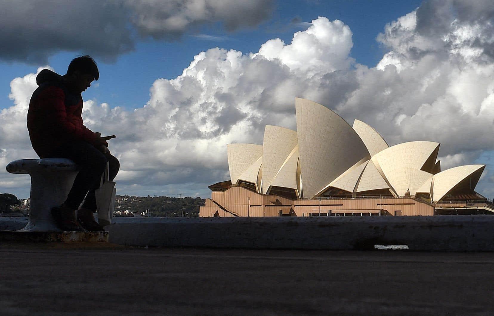 En Australie, le partage d'articles de nouvelles a été bloqué pendant quelques jours en réponse à un projet de loi qui forçait le réseau social à verser des redevances aux médias.