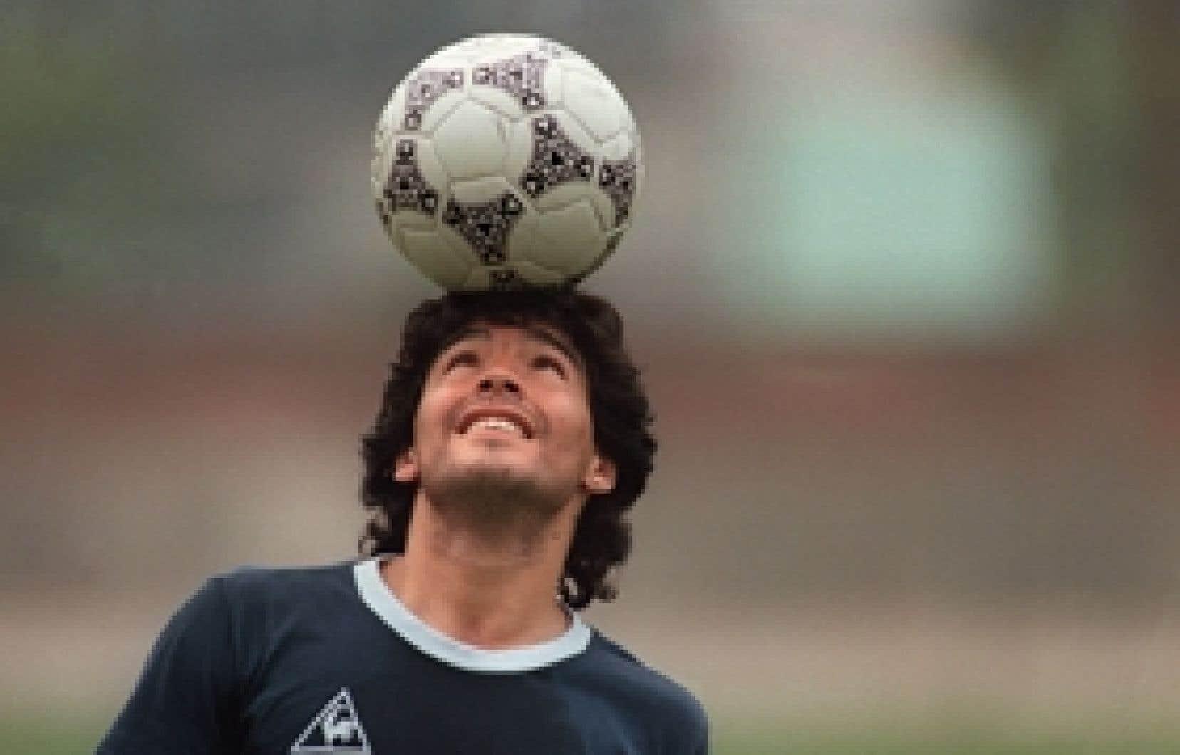 L'idole d'un peuple, Diego Maradona, au sommet de son art.