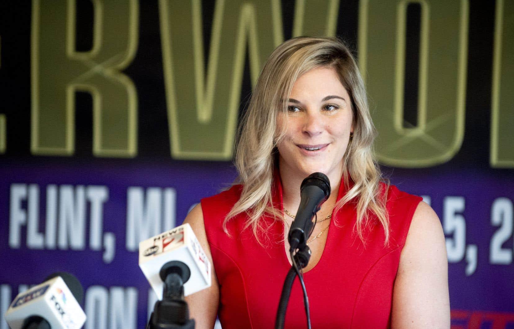 La boxeuse Marie Eve Dicaire en conférence de presse, le 3 mars 2021