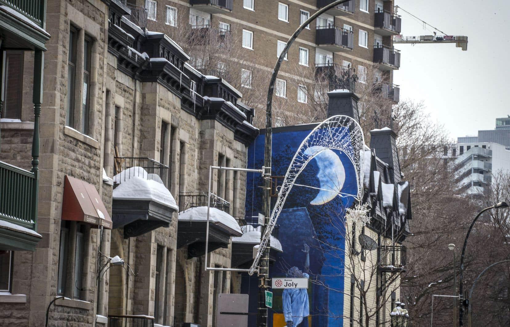 Les gouvernements du Québec et du Canada en sont venus à une entente, en janvier, concernant l'ICRL entre la Société d'habitation du Québec et la Société canadienne d'hypothèques et de logement. Le processus est donc un peu plus laborieux pour les municipalités québécoises qui souhaitent appliquer pour ce programme fédéral.