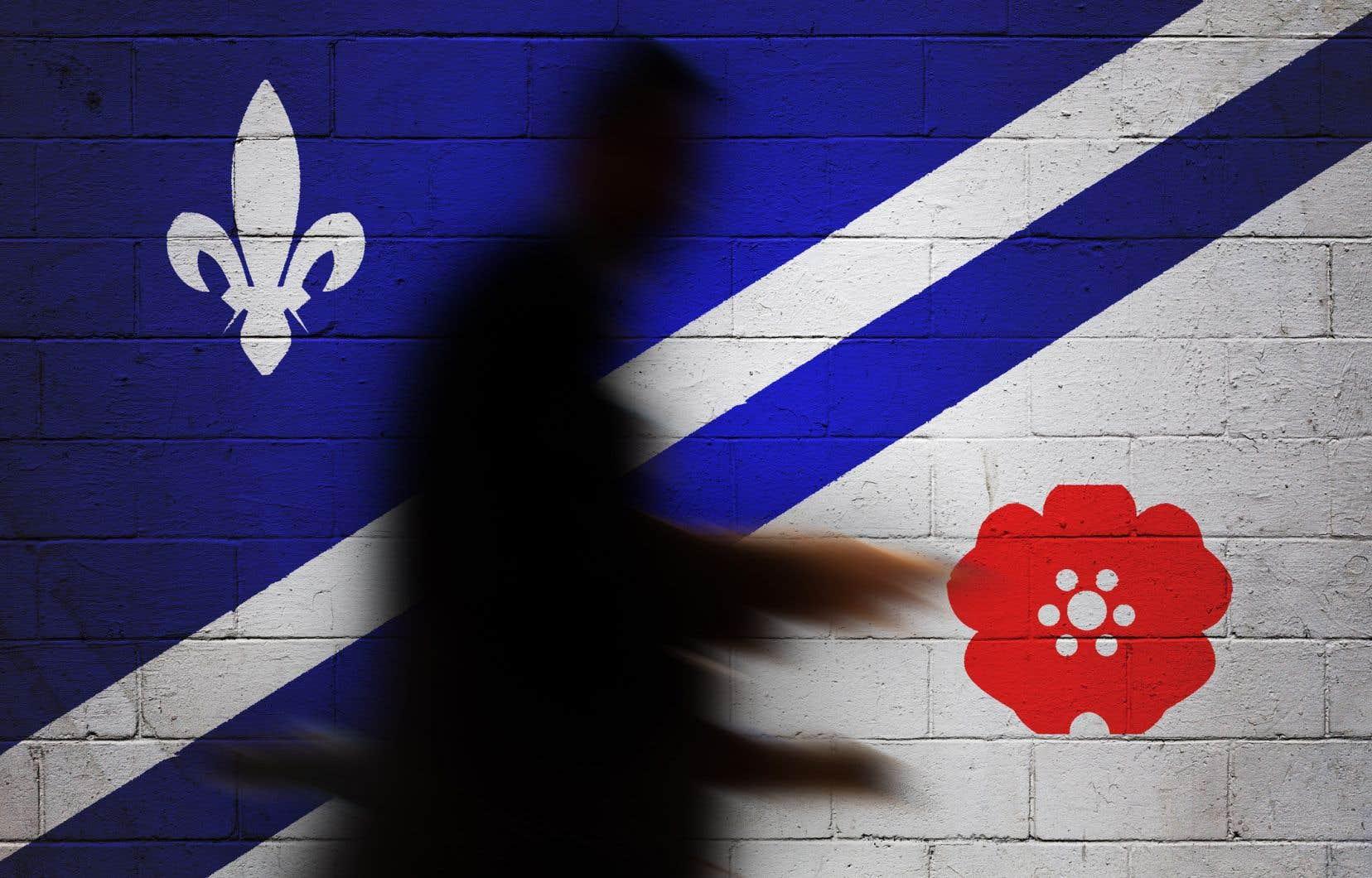 Pour une deuxième année consécutive, le drapeau franco-albertain flottera moins d'un jour au-dessus du parlement au lieu d'un mois, comme l'avait décidé en 2017 l'ancien gouvernement néodémocrate.