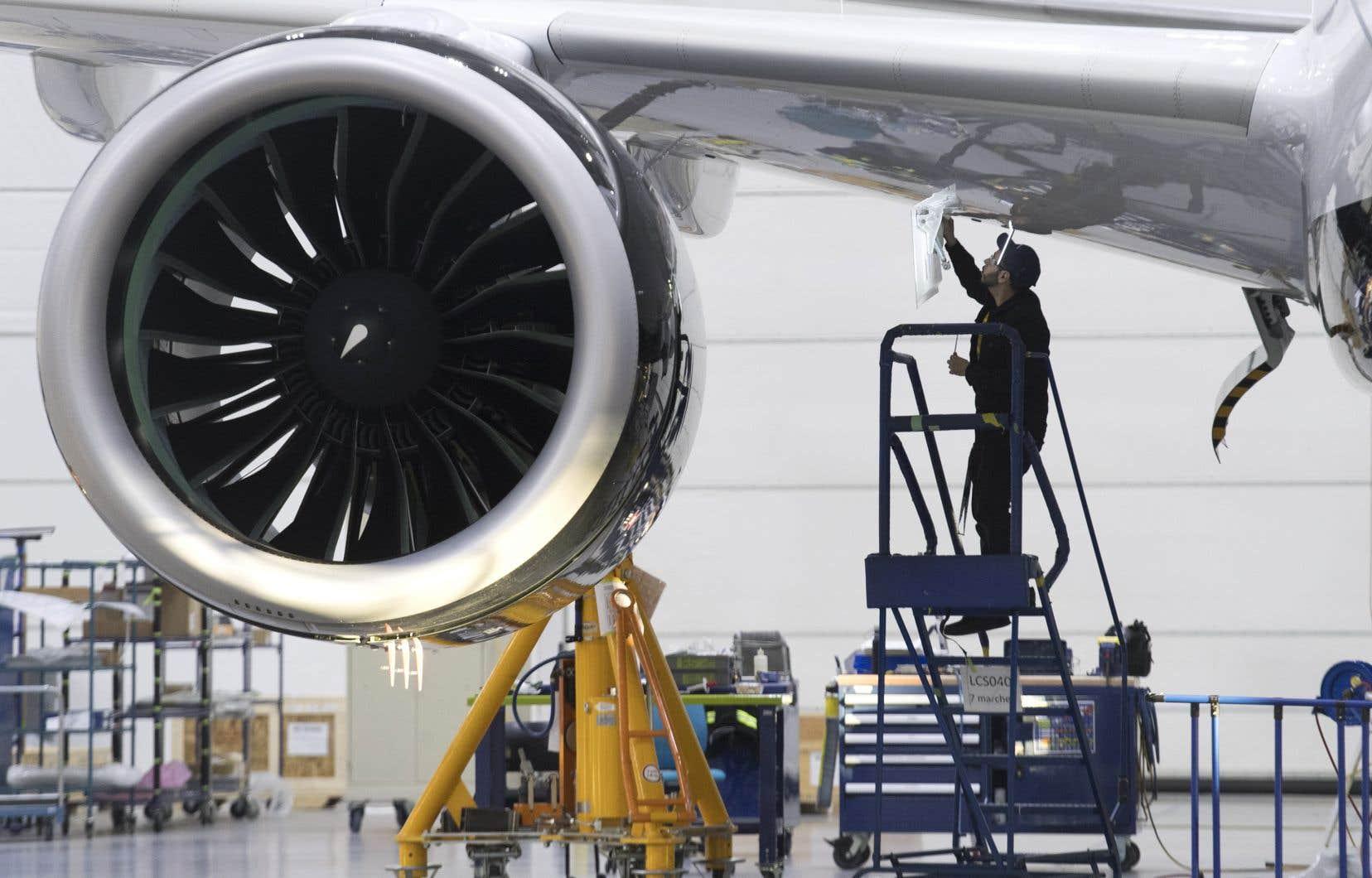 Airbus Canada contrôle l'A220 — l'ancien C Series de Bombardier —, des appareils assemblés à Mirabel (sur la photo), ainsi qu'à Mobile, en Alabama.