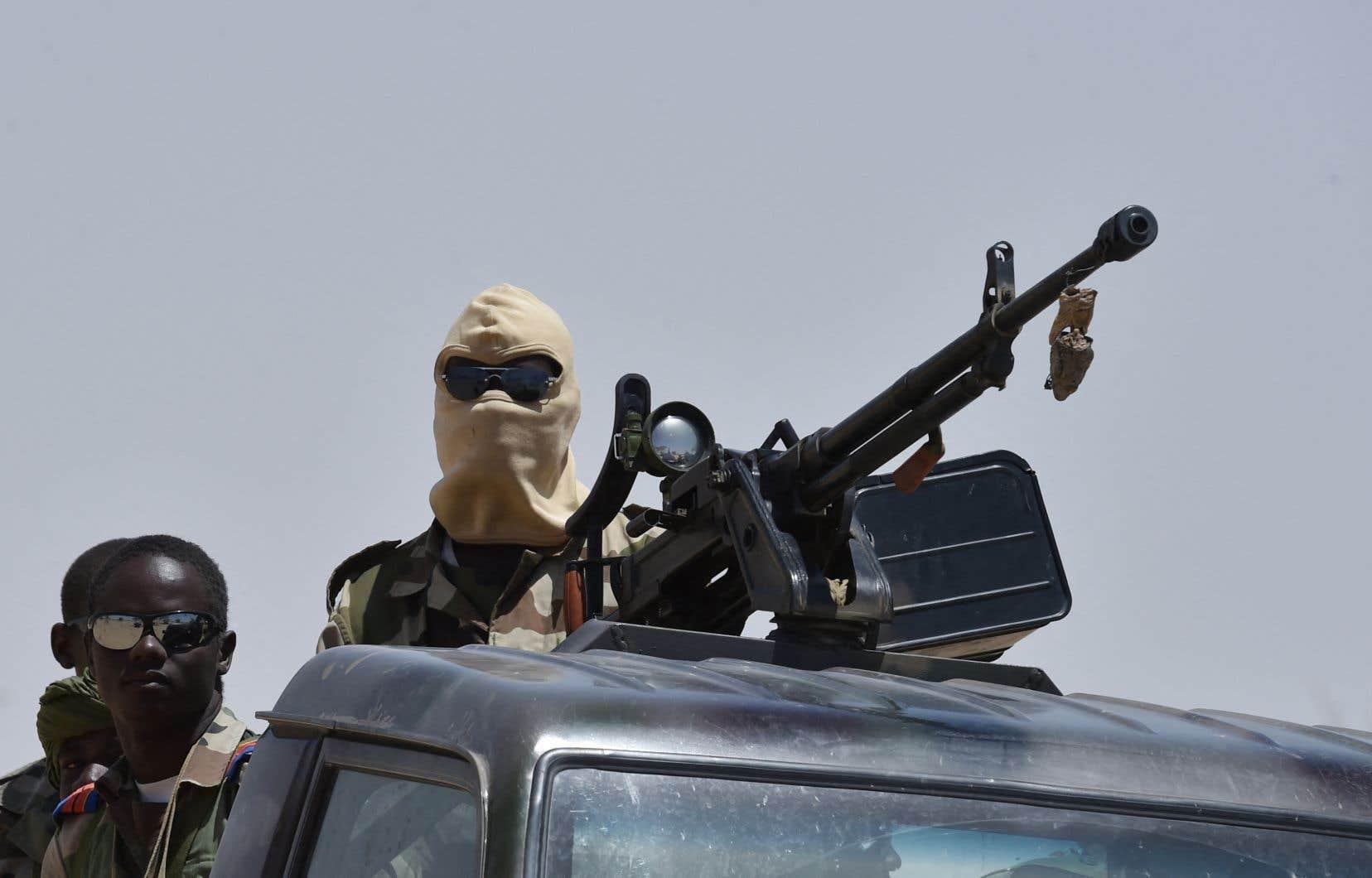 Située dans la zone dite des «trois frontières» entre Niger, Burkina Faso et Mali, la région de Tillabéri est depuis des années le théâtre d'actions sanglantes de groupes djihadistes liés à Al-Qaïda et à l'État islamique (EI).