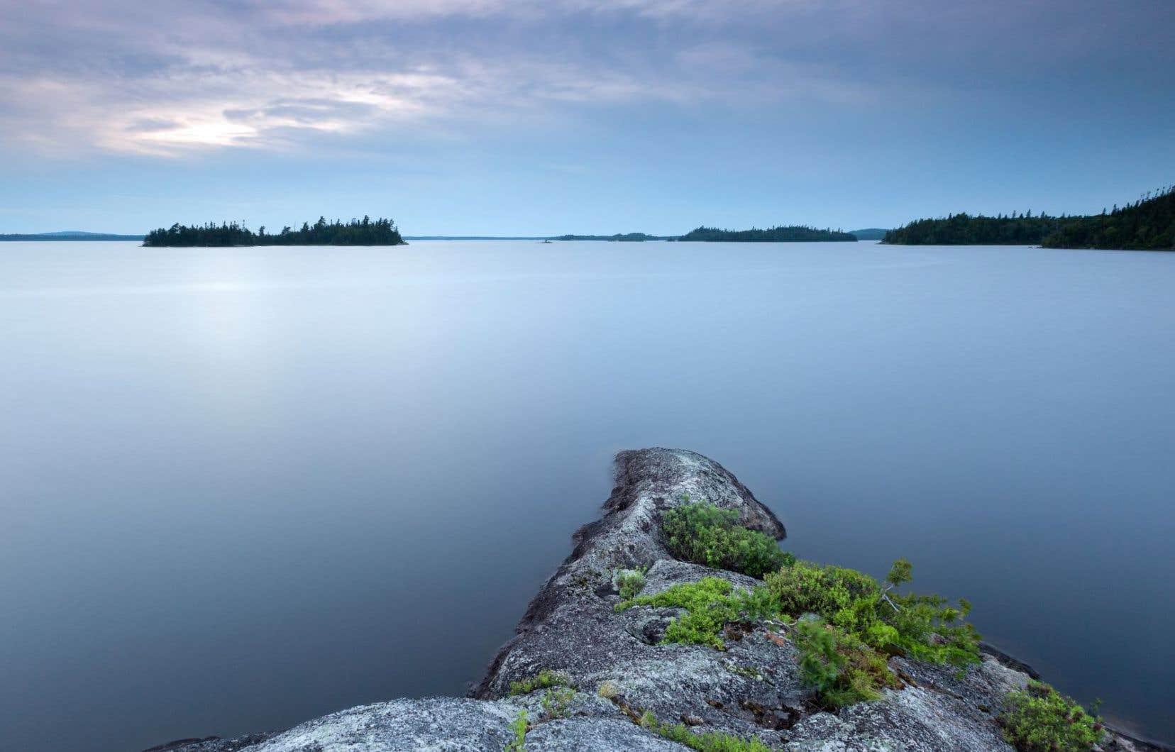 La réserve faunique La Vérendrye est le paradis du canot-camping (et du kayak-camping) grâce à son dédale d'îles et d'îlots, dont certains où planter sa tente.