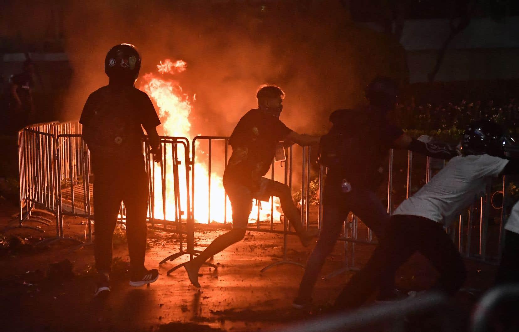 Quelque 3000 policiers avaient été déployés à Bangkok, selon les médias.