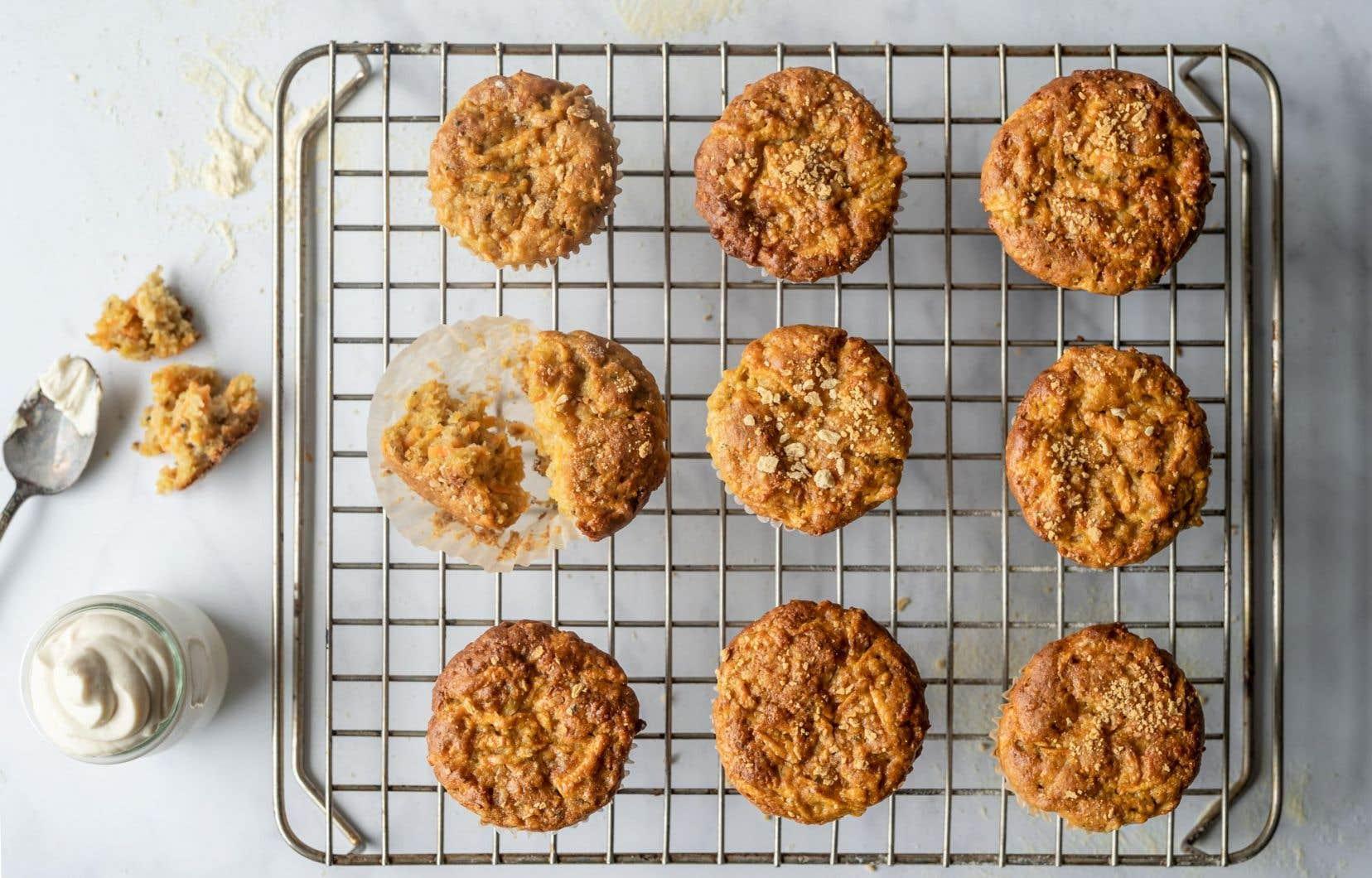 Ces petits gâteaux remplacent les épices habituelles du classique gâteau aux carottes par des «parfums du Québec».