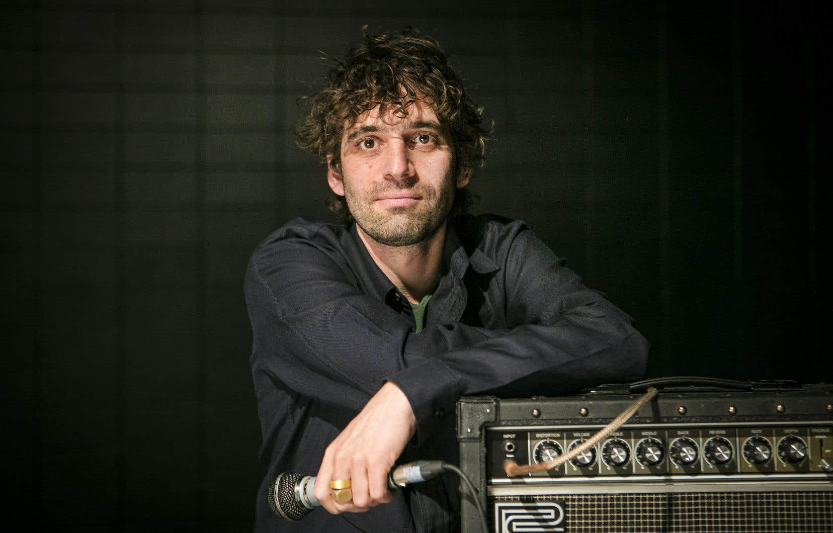 Ben Shemie membre, du groupe Suuns, qui travaille désormais sur un projet solo.