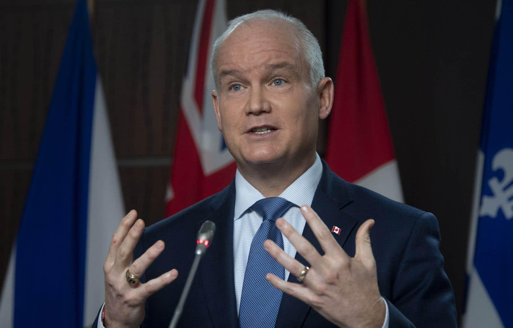 «Agir pour le Québec», tel sera le slogan qui sera utilisé à toutes les sauces par les troupes d'Erin O'Toole lors d'éventuelles élections.