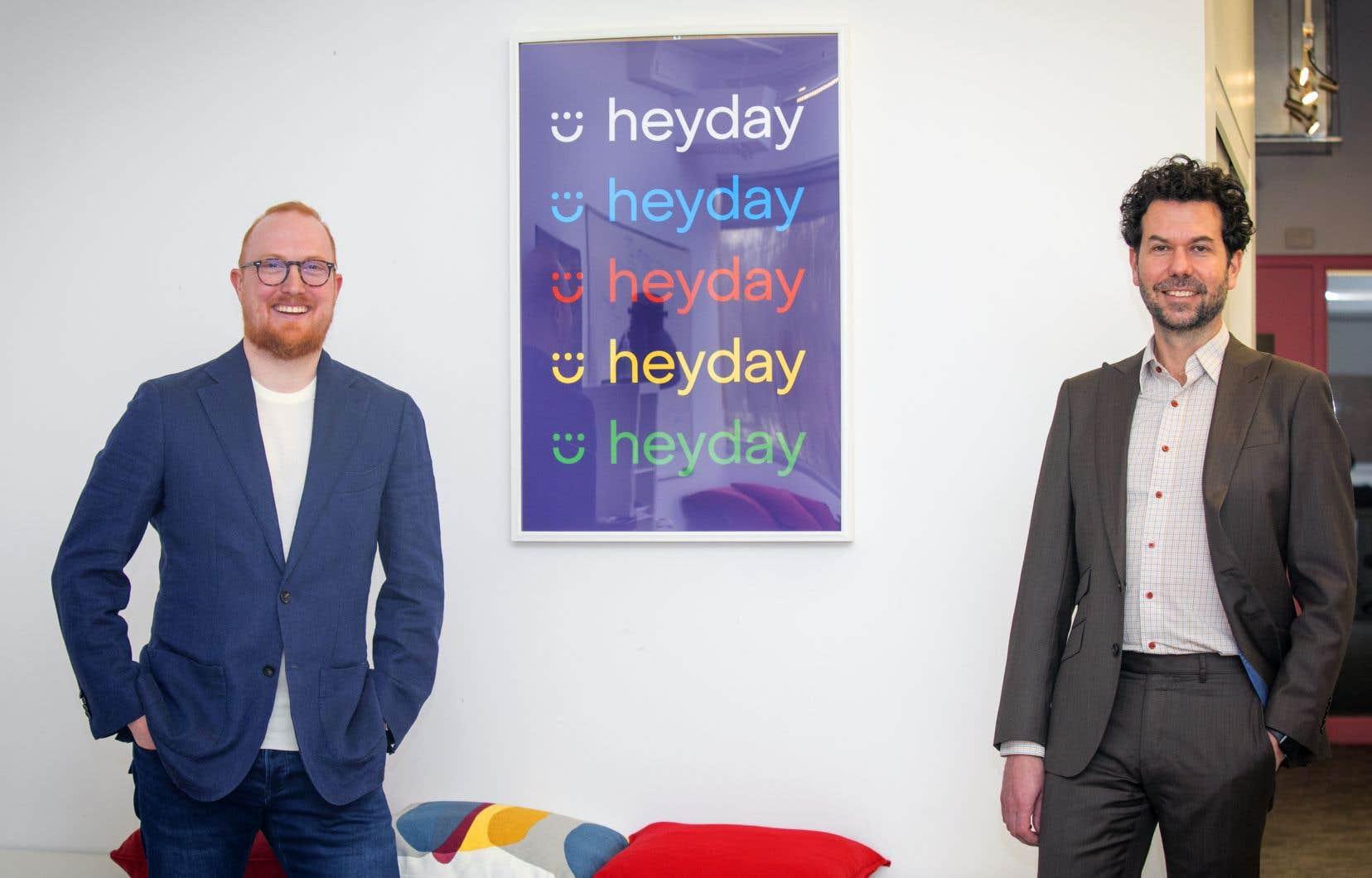 La start-up montréalaise Heyday développe une plateforme conversationnelle guidant les clients dans leur magasinage en ligne, mais également dans le service  après-vente.  Sur la photo,  les cofondateurs de l'entreprise, Étienne Mérineau et Hugues Rousseau.