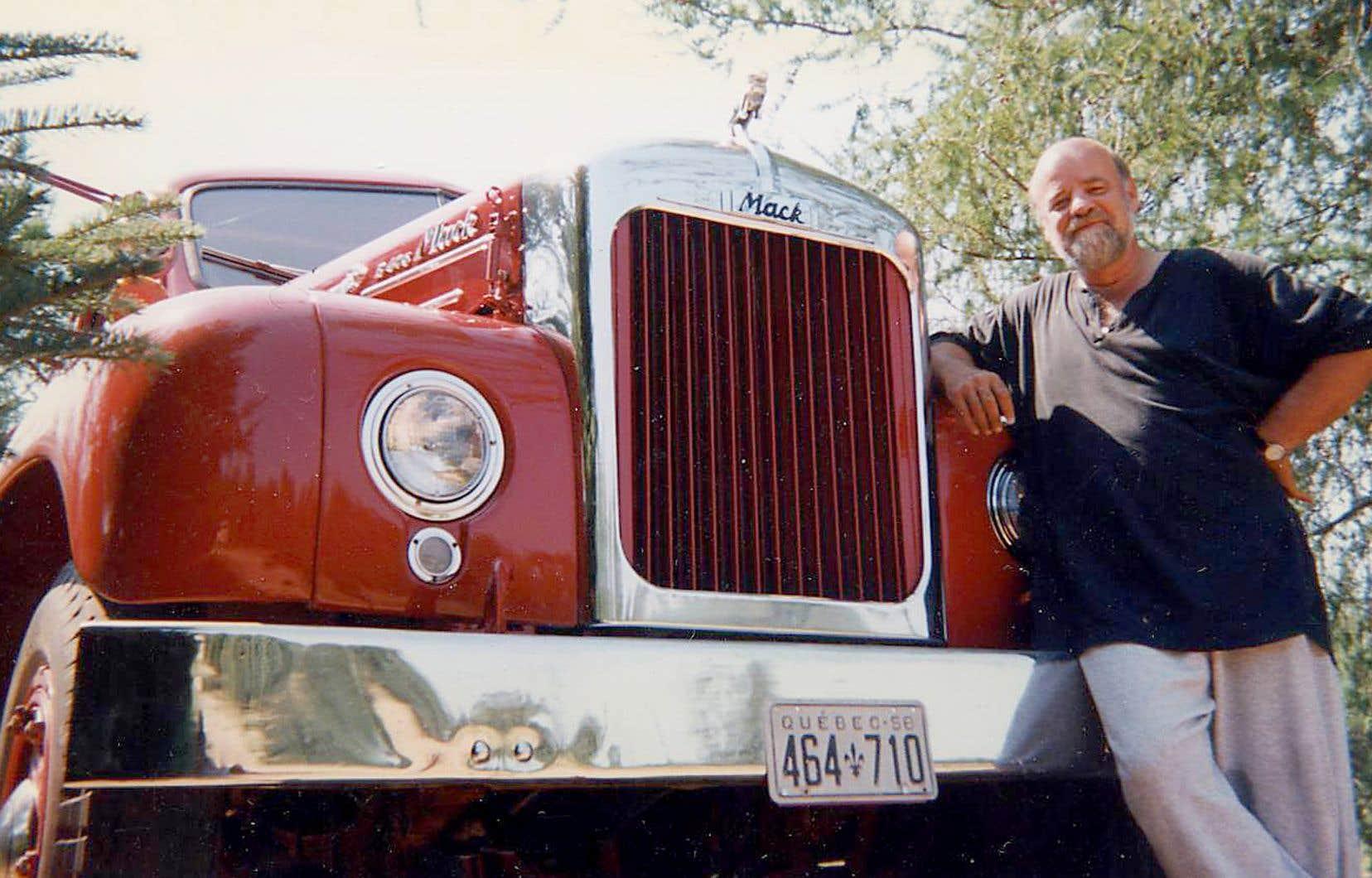 Serge Bouchard et son camion Mack