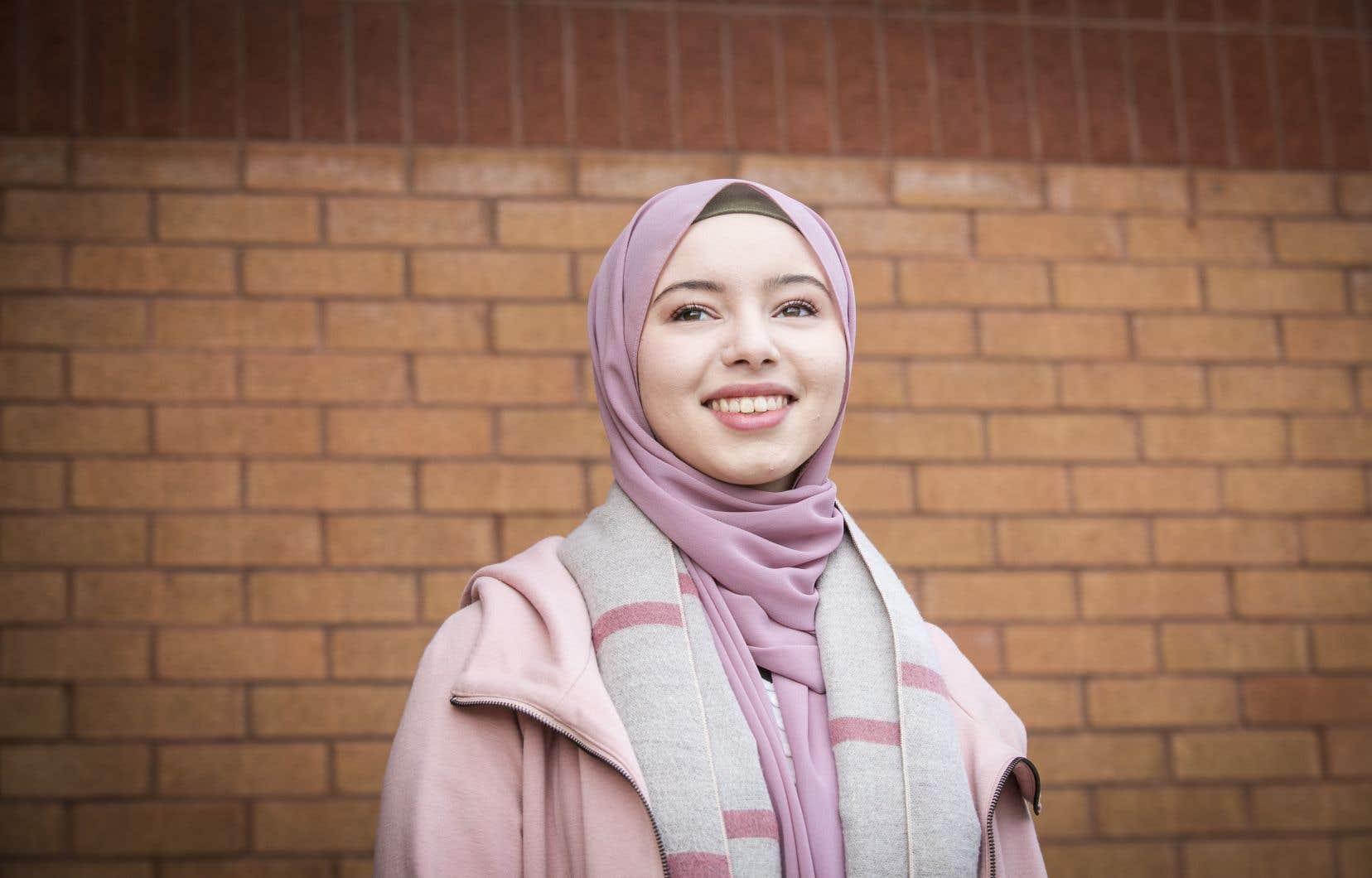 Arrivée au Québec à six ans sans savoir parler français, Kamir Roufia Aissoub a remporté la troisième place lors de la finale, lundi dernier, du concours d'éloquence organisé par le Bureau de la valorisation de la langue française et de la francophonie de l'Université de Montréal.