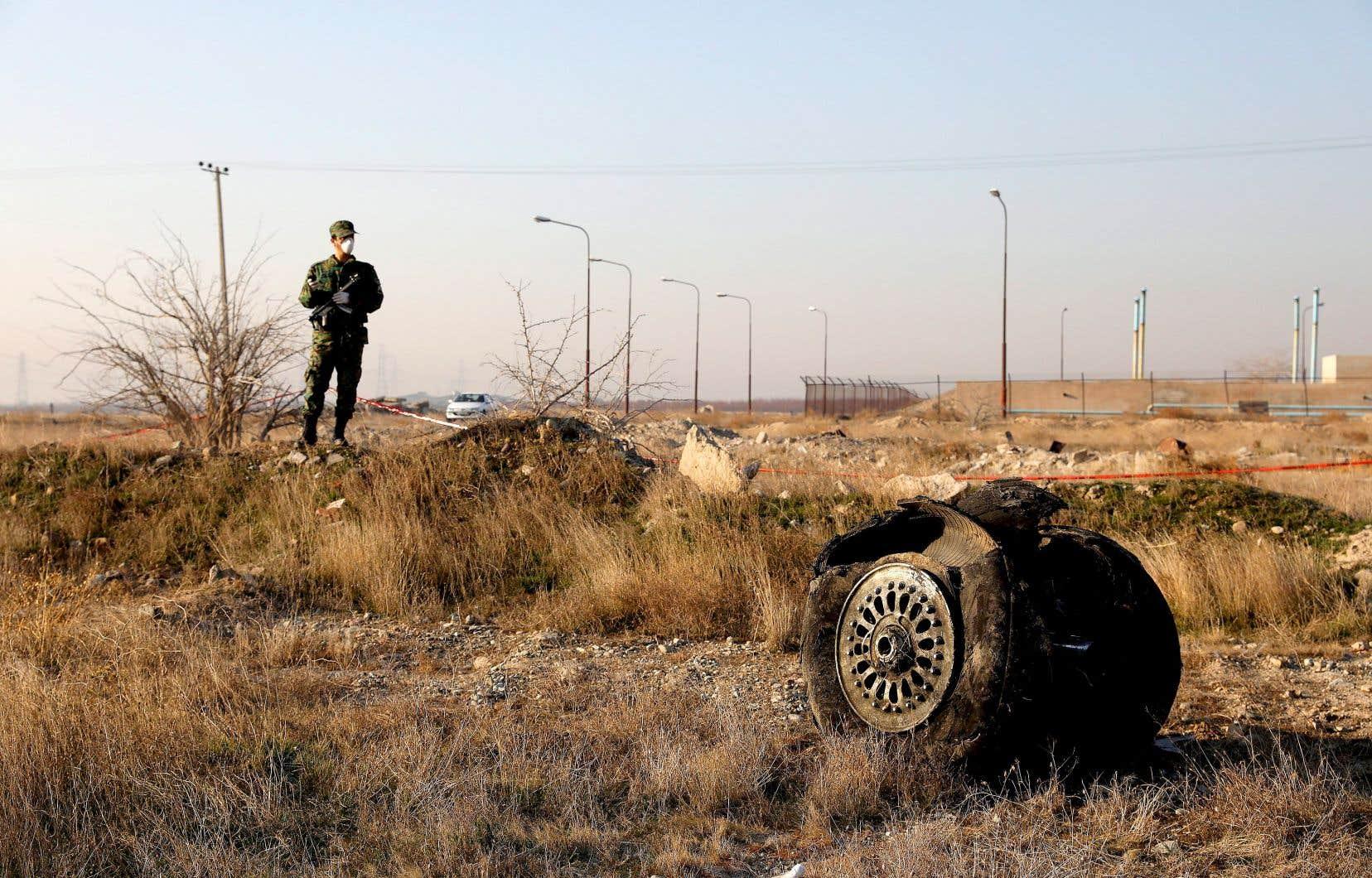 Après trois jours de déni en janvier 2020 face à des preuves de plus en plus nombreuses, l'Iran a finalement reconnu que ses gardiens de la révolution avaient abattu par erreur l'avion de ligne ukrainien avec deux missiles sol-air.