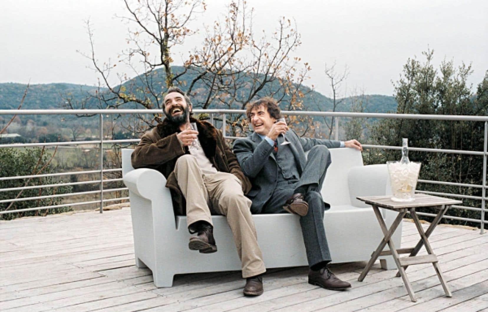 Jean Dujardin et Albert Dupontel dans Le Bruit des glaçons, de Bertrand Blier<br />